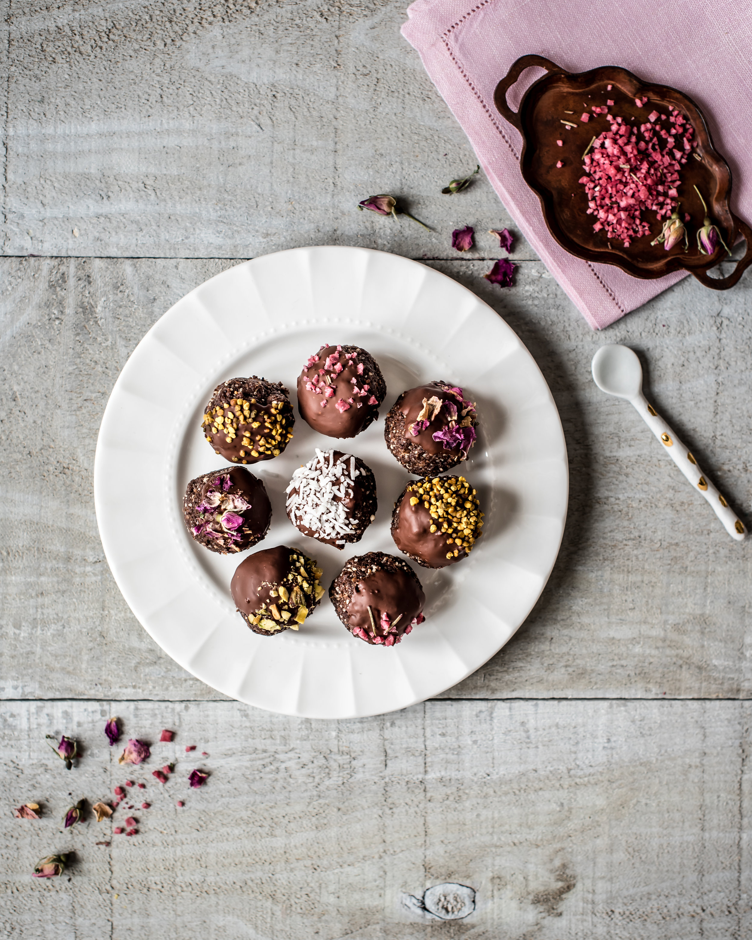 Chocolate Hazelnut Energy Balls