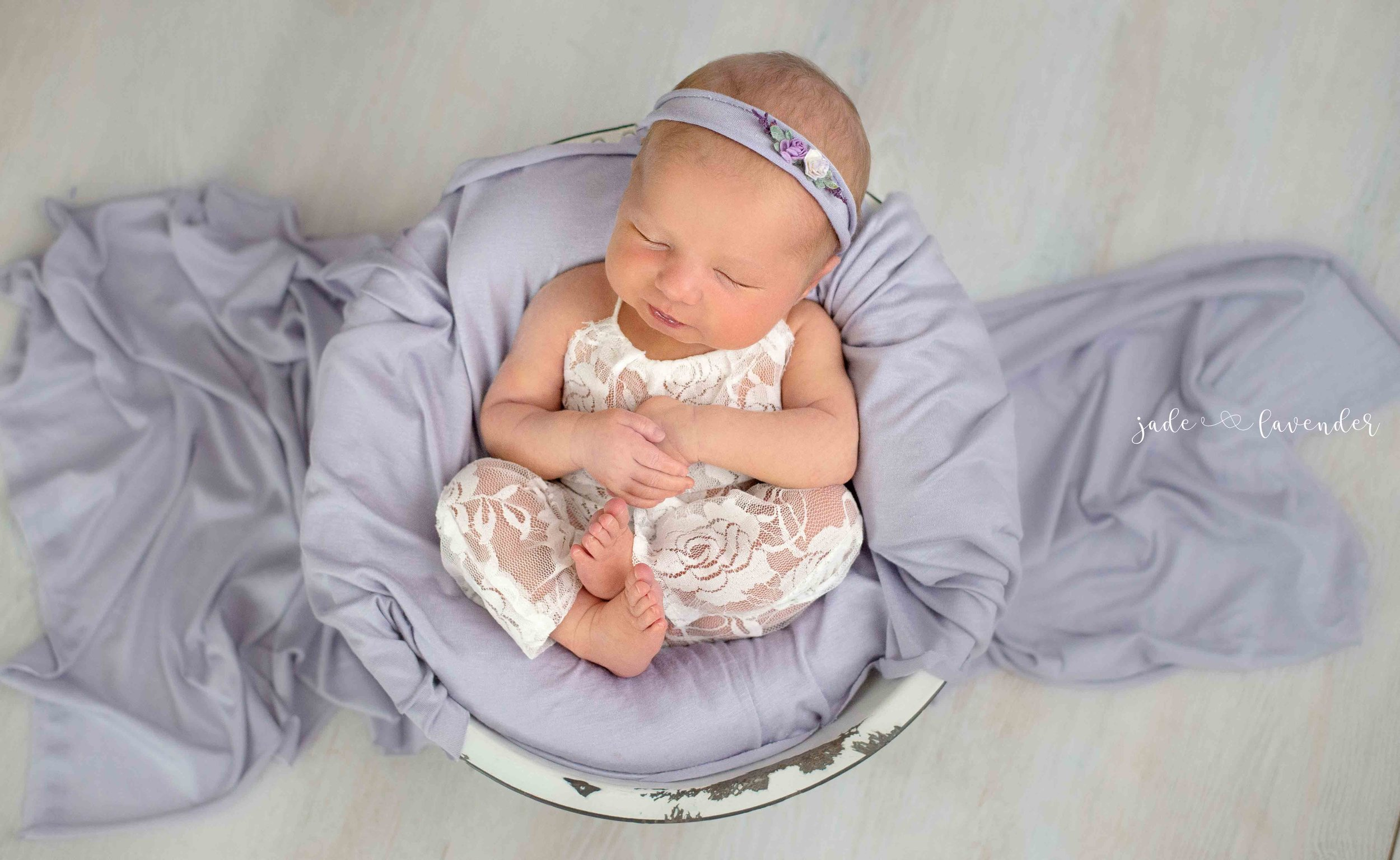 Newborn-photos-baby-photoshoot-spokane-washington-cute-purple-lace.jpg
