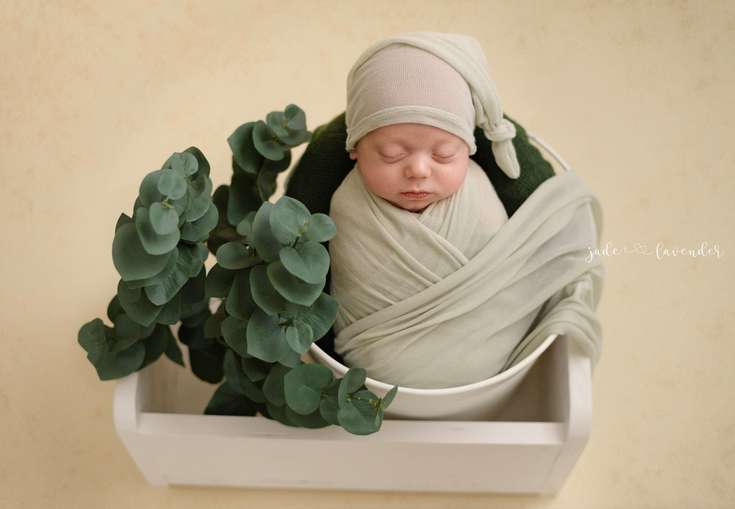 newborn-images-baby-pictures-cute-infant-spokane-washington.jpg