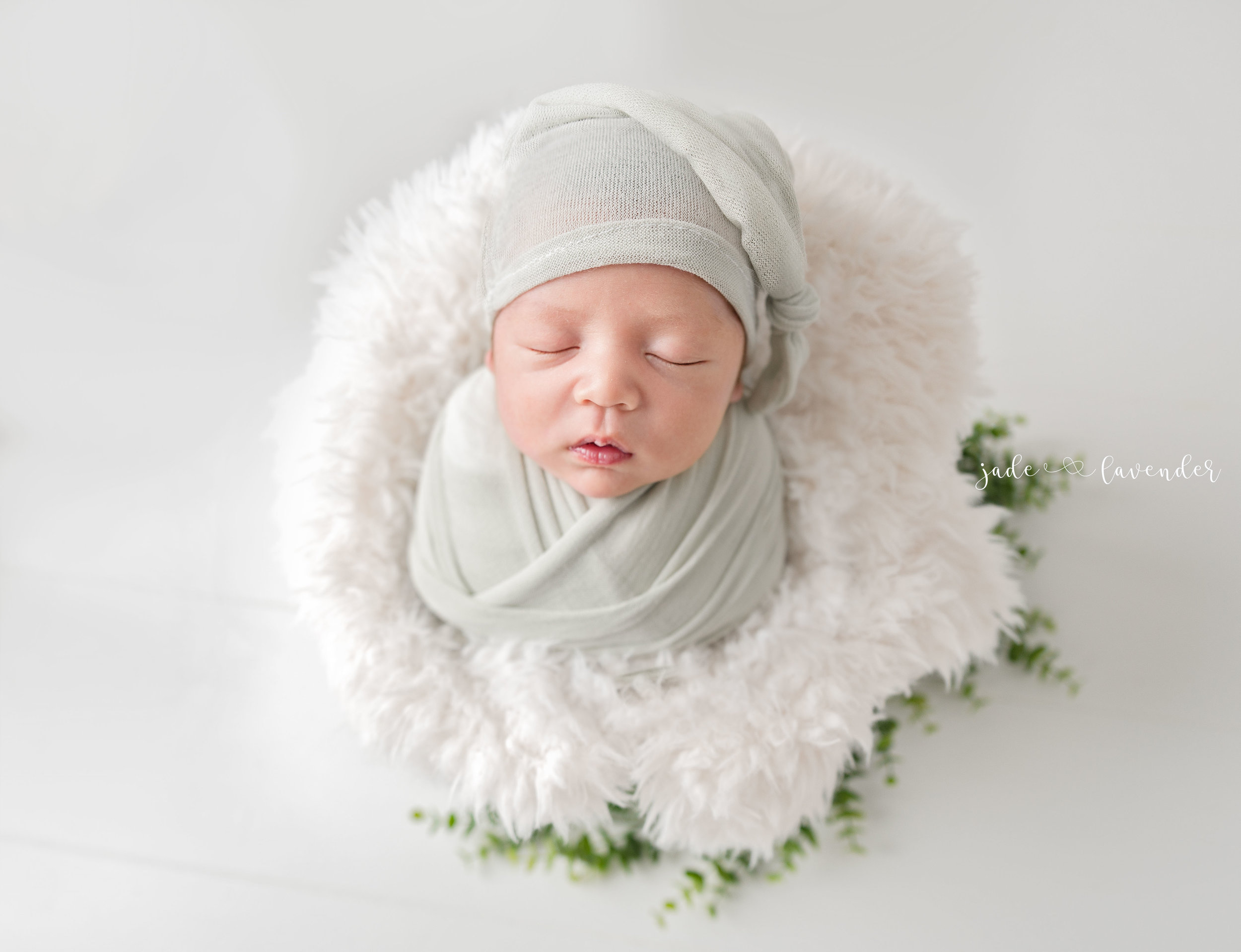 Newborn-photography-baby-images-infant-photos-baby-boy-mini-session-spokane-washington (5 of 7).jpg