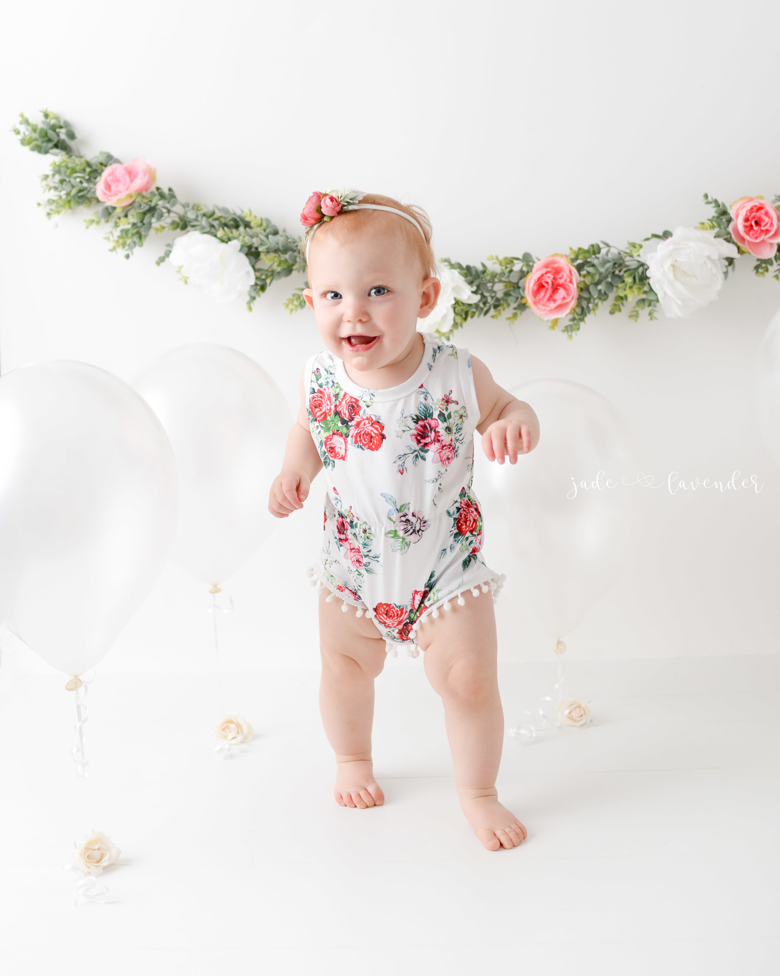 cake-smash-one-year-photos-baby-photography-newborn-infant-images-spokane-washington (3 of 6).jpg