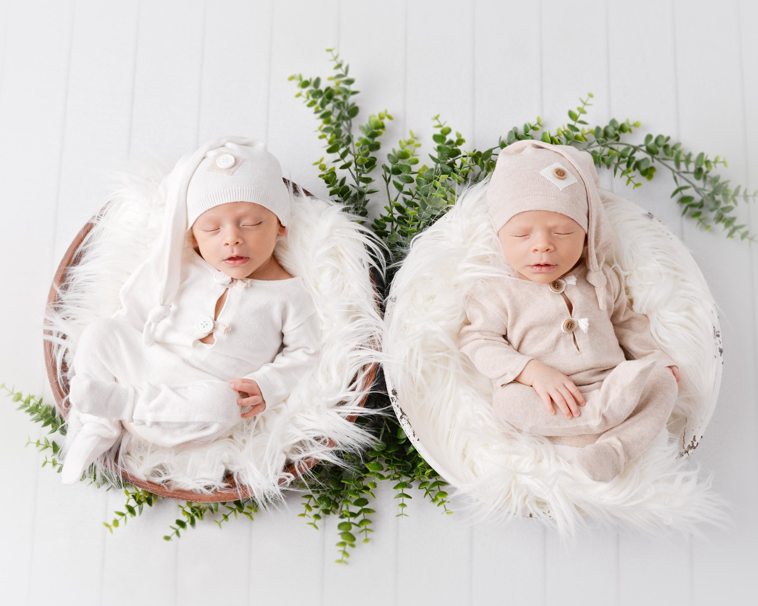 twin-newborn-photos-baby-images-photographer-infant-photography-spokane-washington (5 of 6).jpg