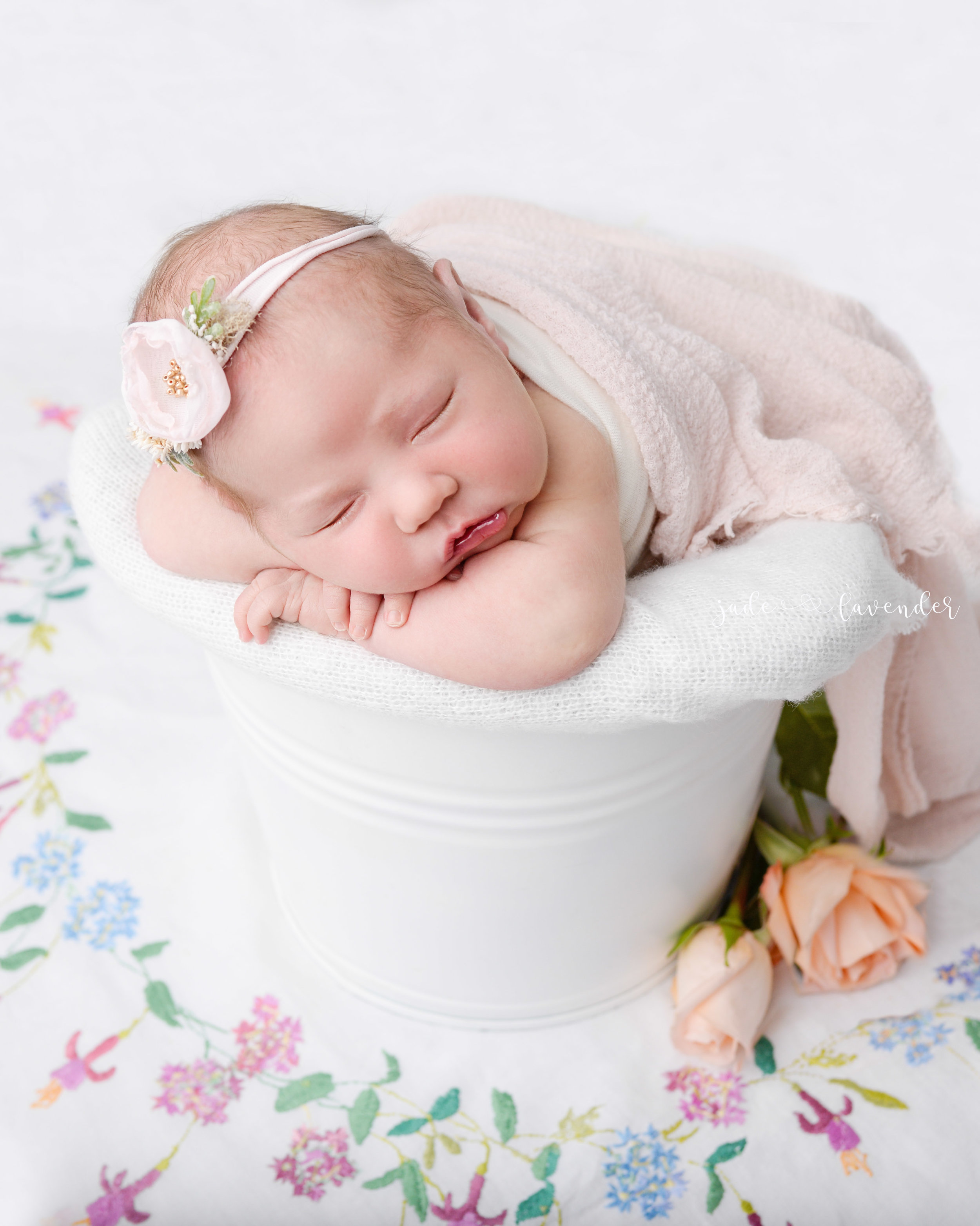 newborn-photography-baby-images-infant-photos-girl-floral-spokane-washington (6 of 6).jpg