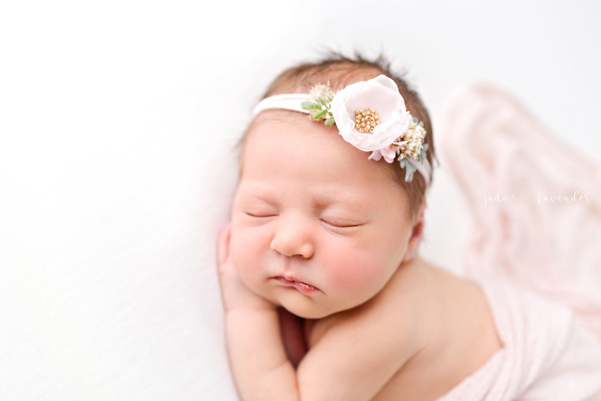 Baby-girl-pink-newborn-photography-infant-images-baby-photos-photographer-spokane-washington (3 of 8).jpg