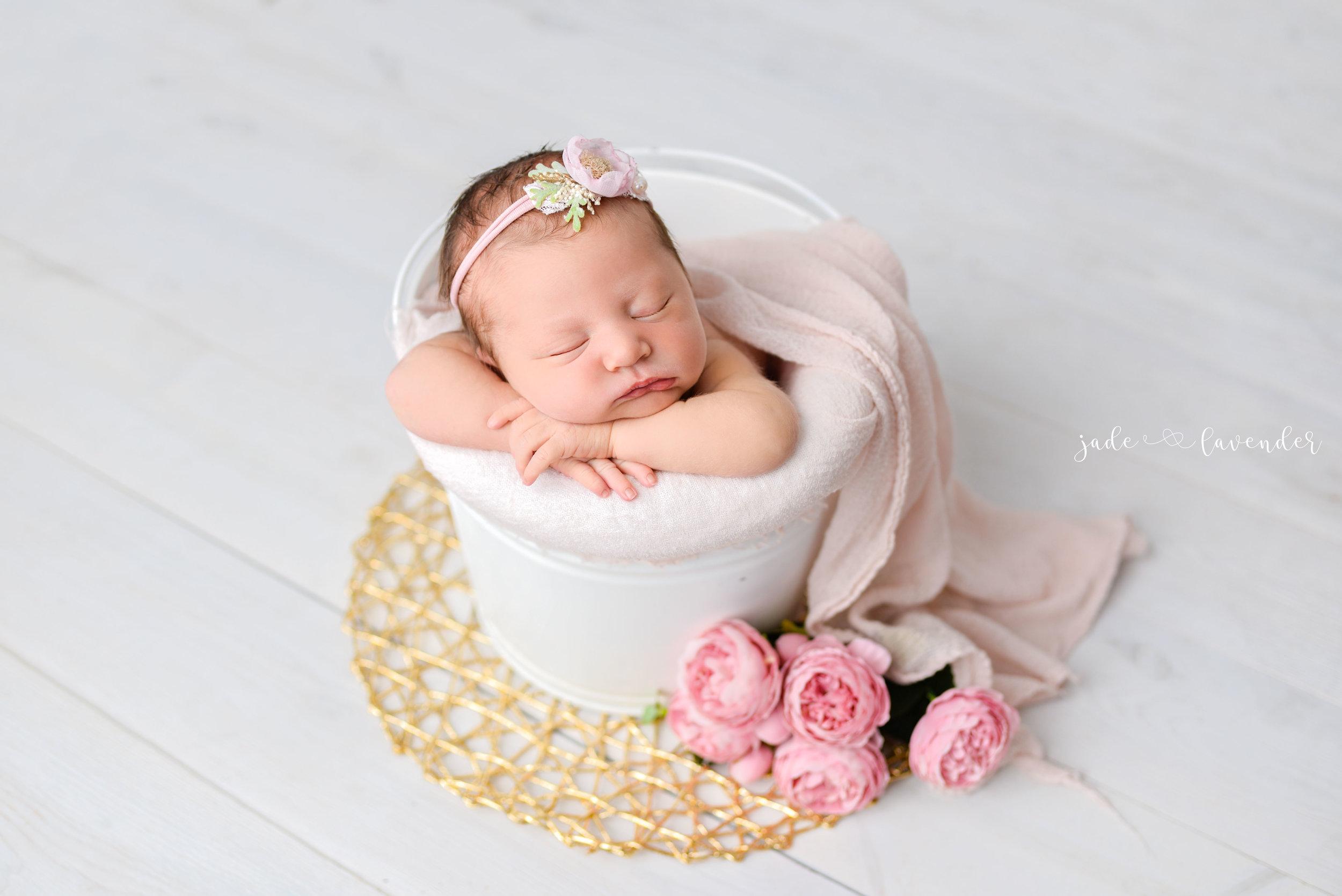 Baby-girl-pink-newborn-photography-infant-images-baby-photos-photographer-spokane-washington (8 of 8).jpg