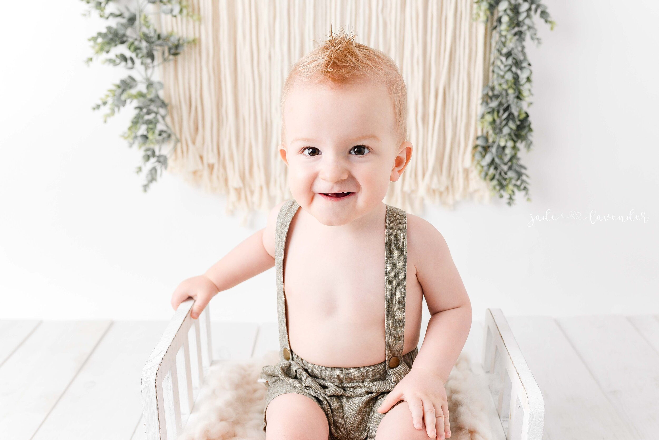 one-year-old-photos-milestone-photography-milk-bath-images-spokane-washington-newborn-photography (1 of 6).jpg