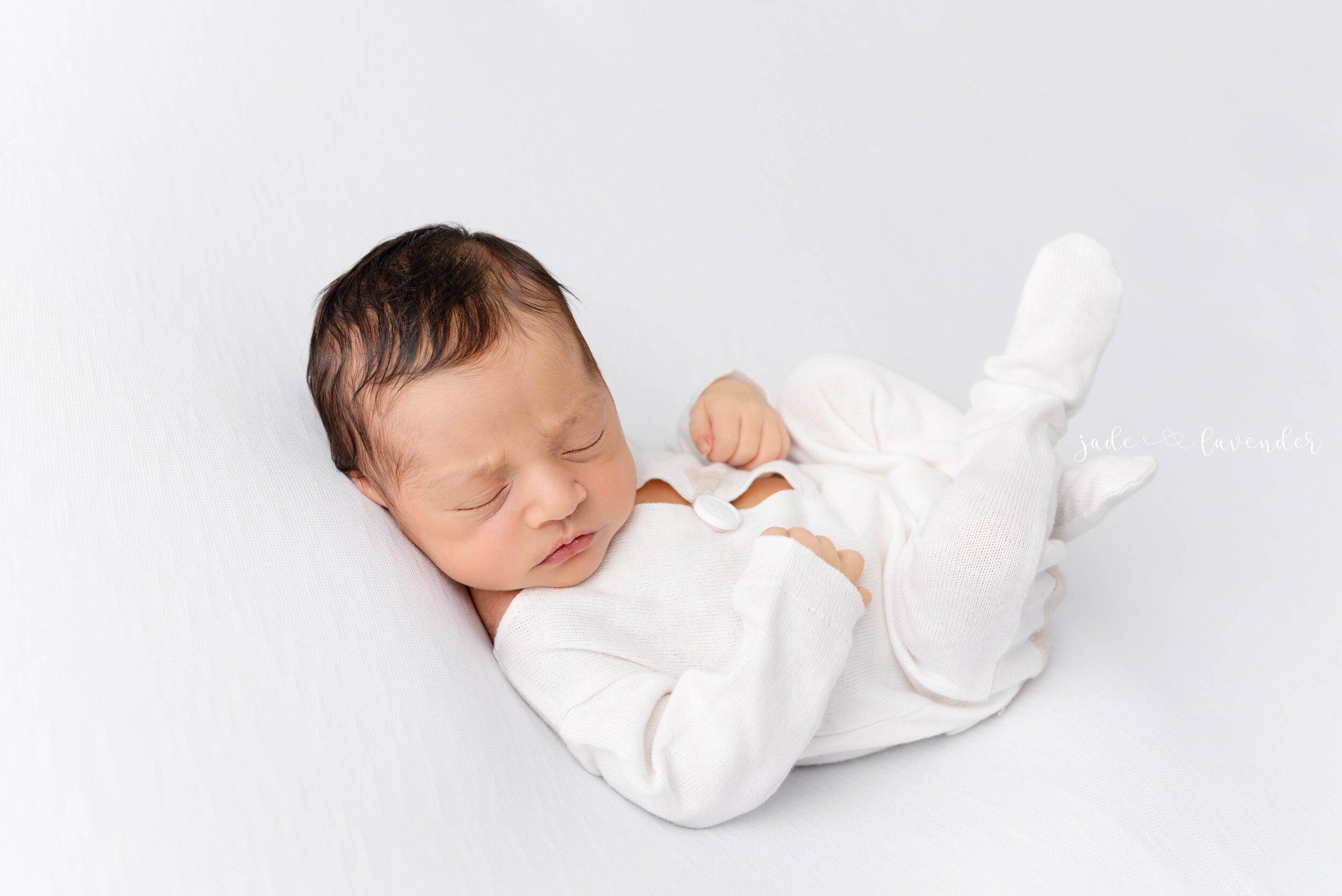 Newborn-family-photos-baby-images-infant-photography-spokane-washington (4 of 7).jpg