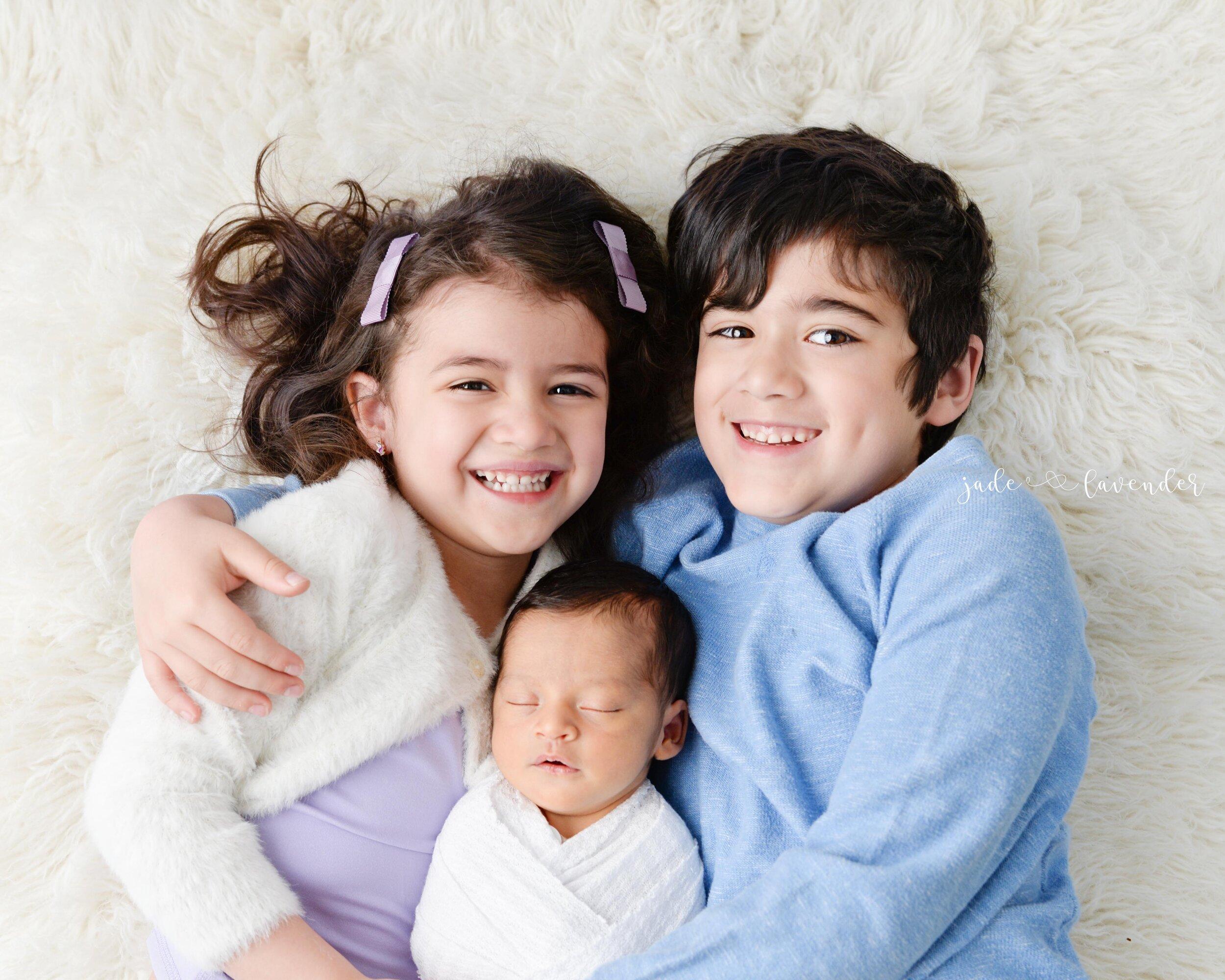 Newborn-family-photos-baby-images-infant-photography-spokane-washington (1 of 7).jpg