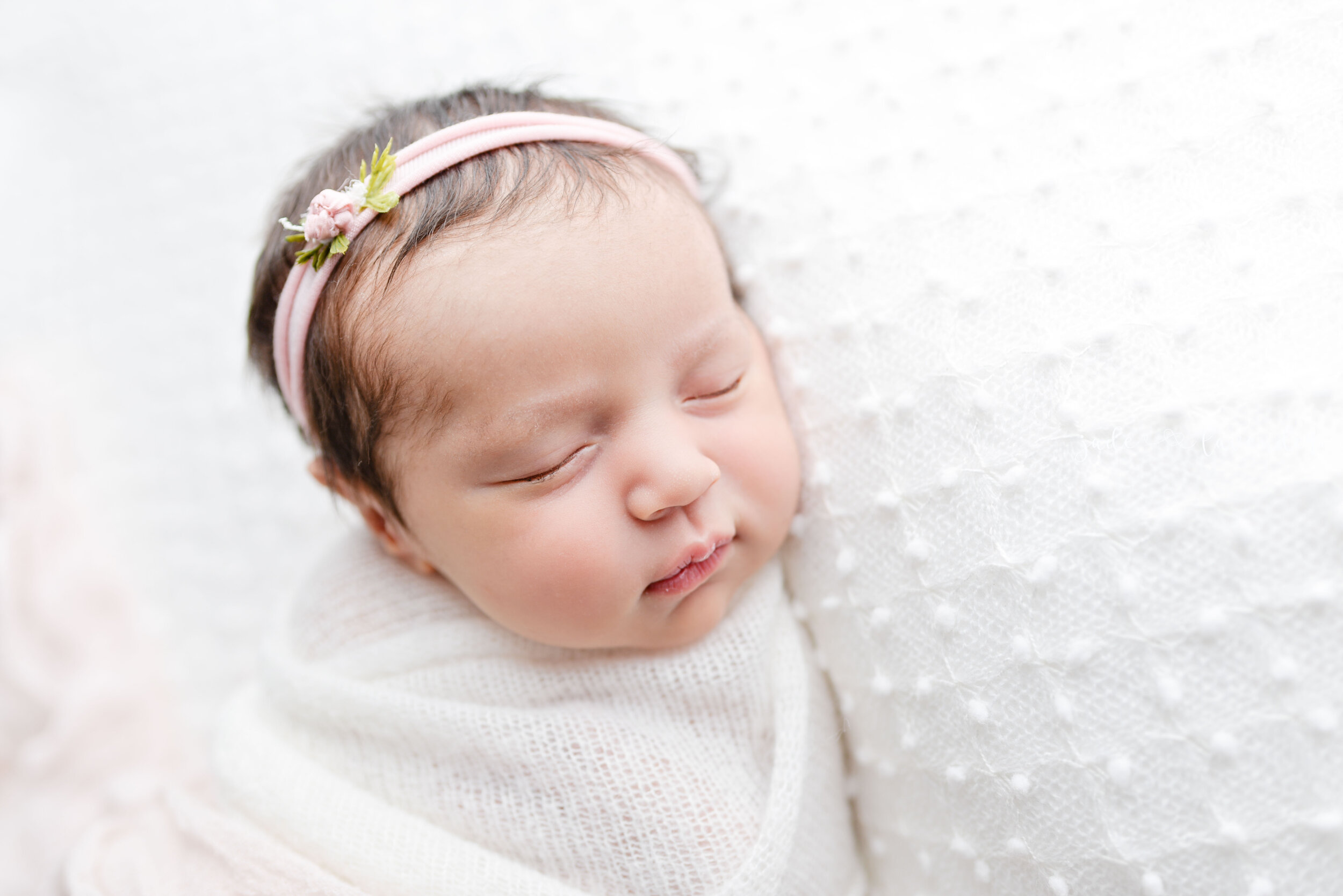Newborn-images-baby-photography-infant-images-Newborn-photographer-spokane-washington-baby-girl (6 of 11).jpg