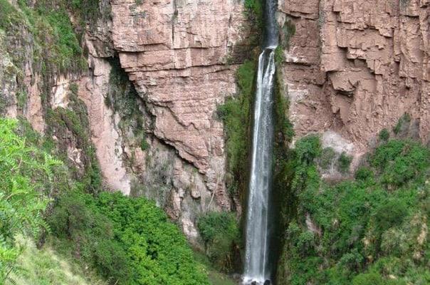 perolniyoc-waterfall-and-raqaypata-day-trek-on-the-sacred-valley-of-the-incas-x88qQN11Kw.jpg