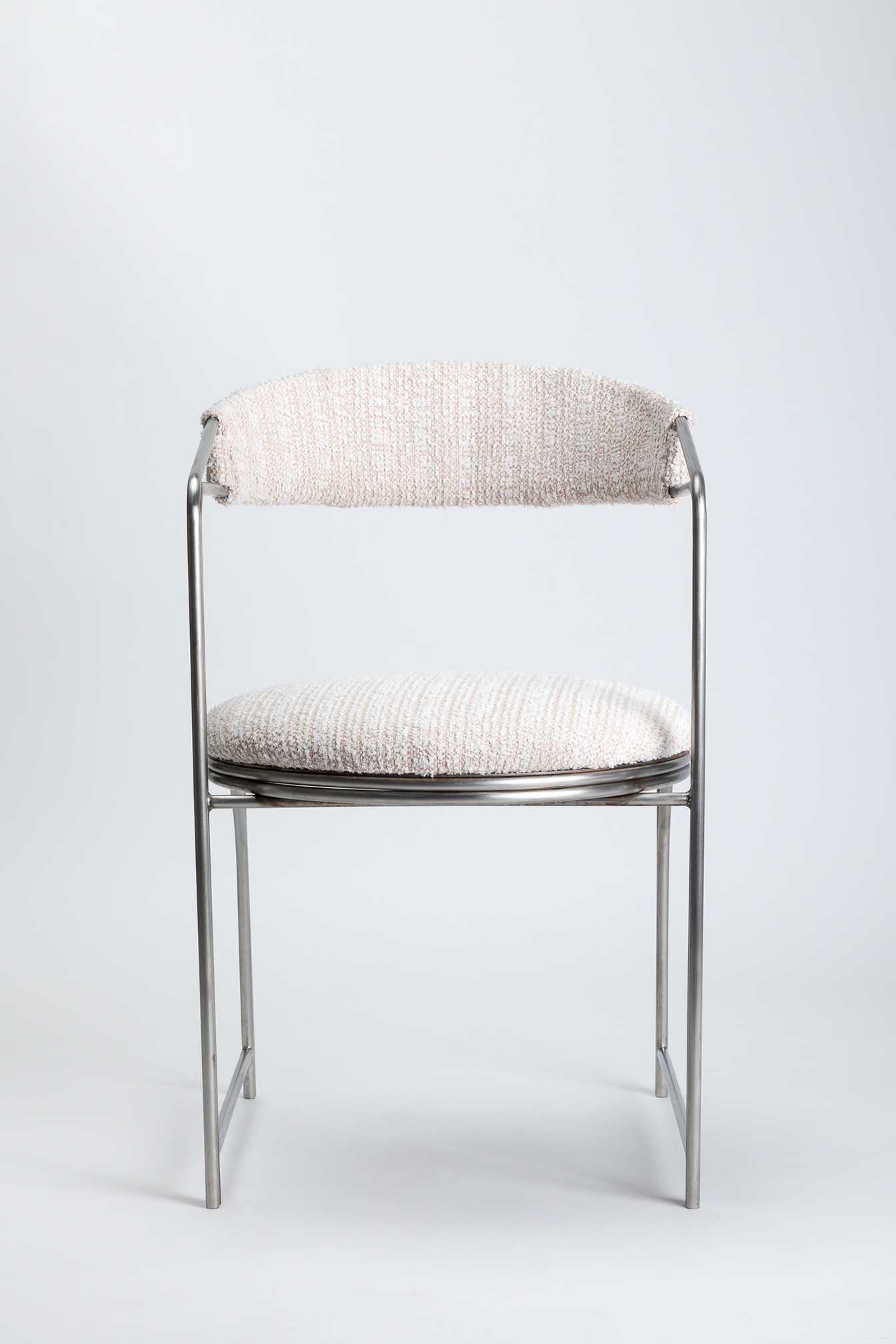 LAUN - Bacall Chair Pink 001_photo credit Little League Studio.jpg