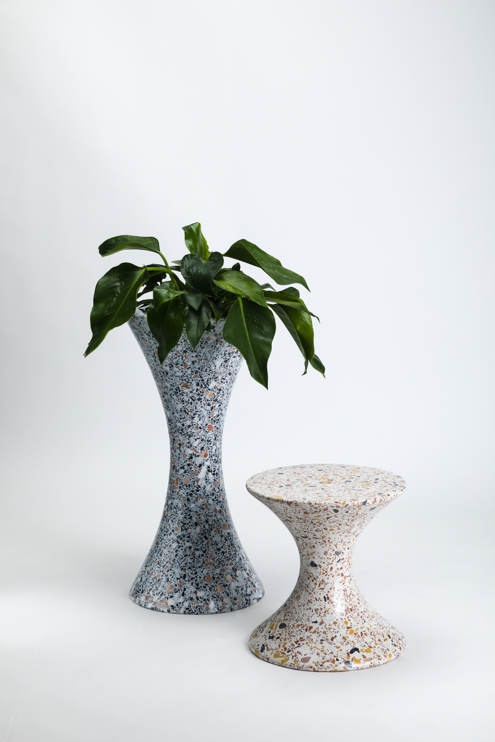 LAUN - Confetti Planter L Table S 001_photo credit Little League Studio.jpg
