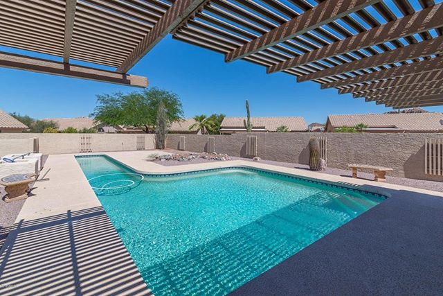 🇺🇸 ZTActive Ventures sends a huge thank you to our team of professionals who've made this and many other projects possible!  We're holding an open house on one of our properties in Gold Canyon, AZ this weekend. 🏡 🏊‍♂️ Learn More here: https://www.ztactive.org/palo-blanco-renovation-project  #ztactive #ztactivehero #realestate #goldcanyon #phoenix #arizona #openhouse #forsale #imgonnafixit #networth #golf #pool #freedom