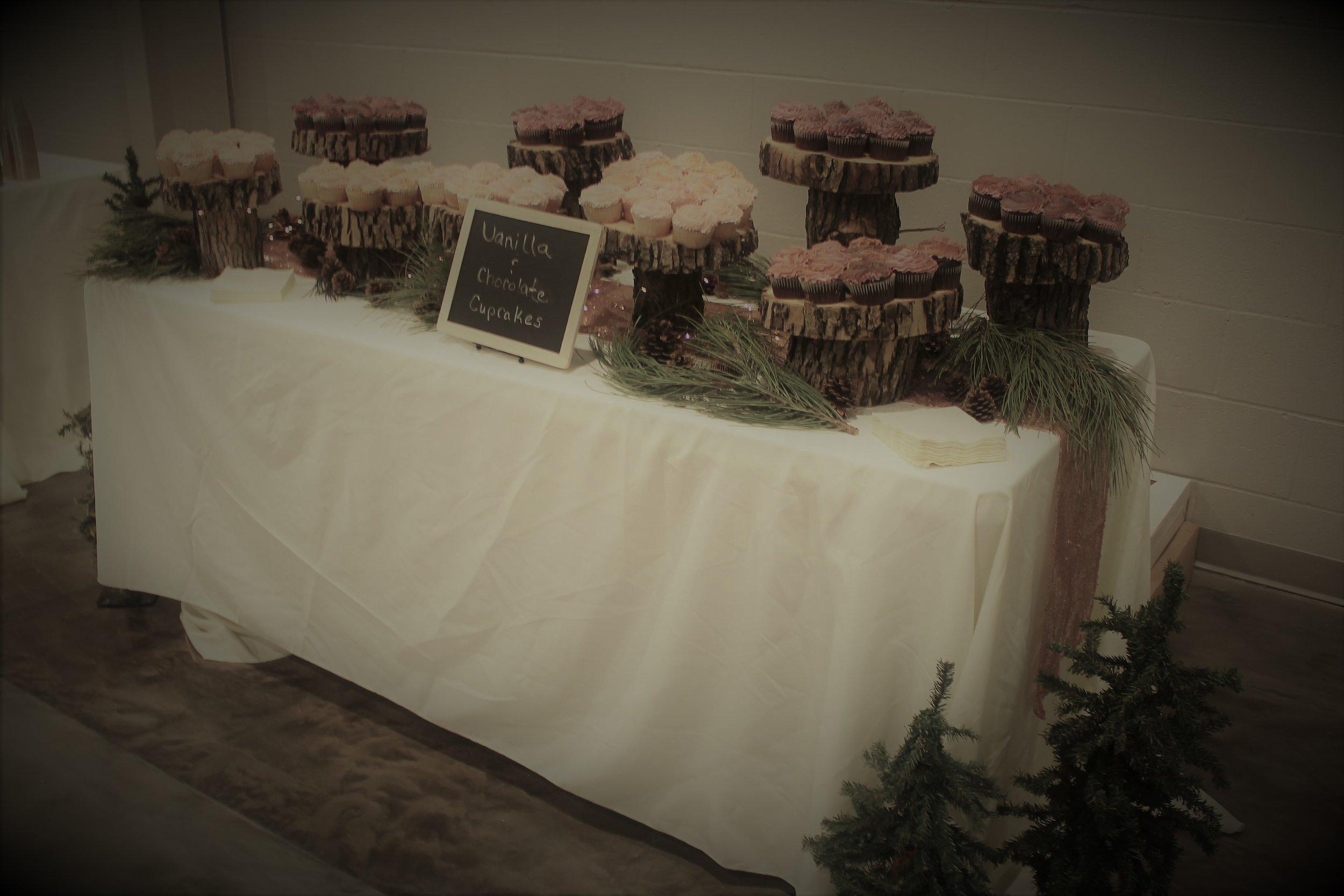 perkins cupcakes.jpg
