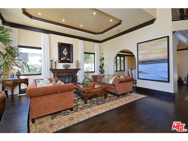 Laurelgrove Living Room..jpg