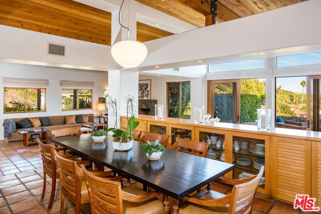 Malibu Country Estates Dining Room..jpg