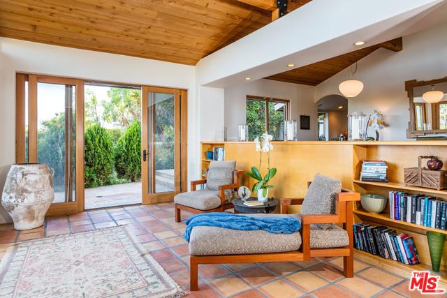 Malibu Country Estates Sunroom.jpg