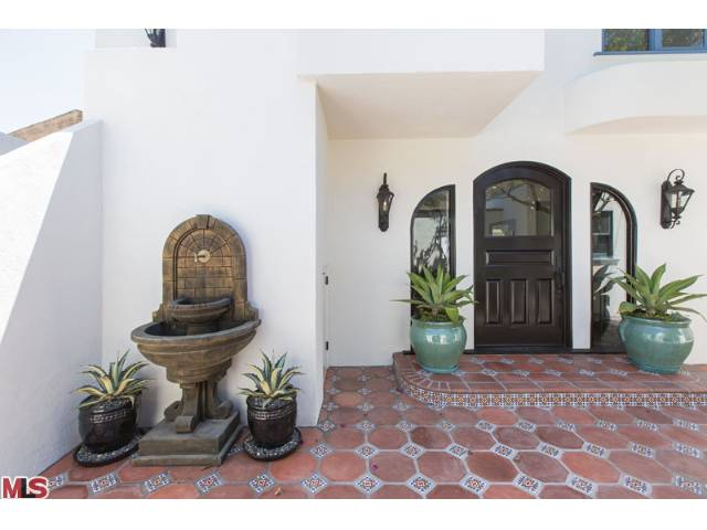 Spanish Malibu Home Courtyard..jpg