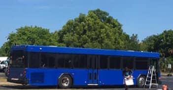 MELT BUS Exterior