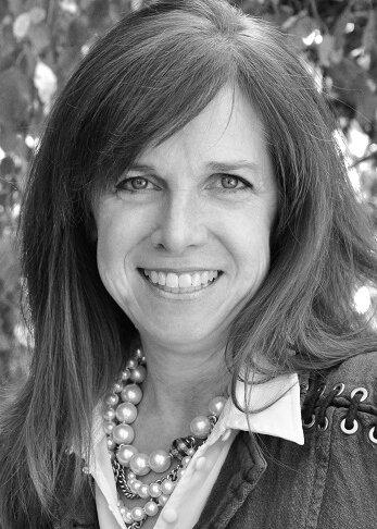Keynote speaker - Paula HainesExecutive DirectorofFreedom a la Cart