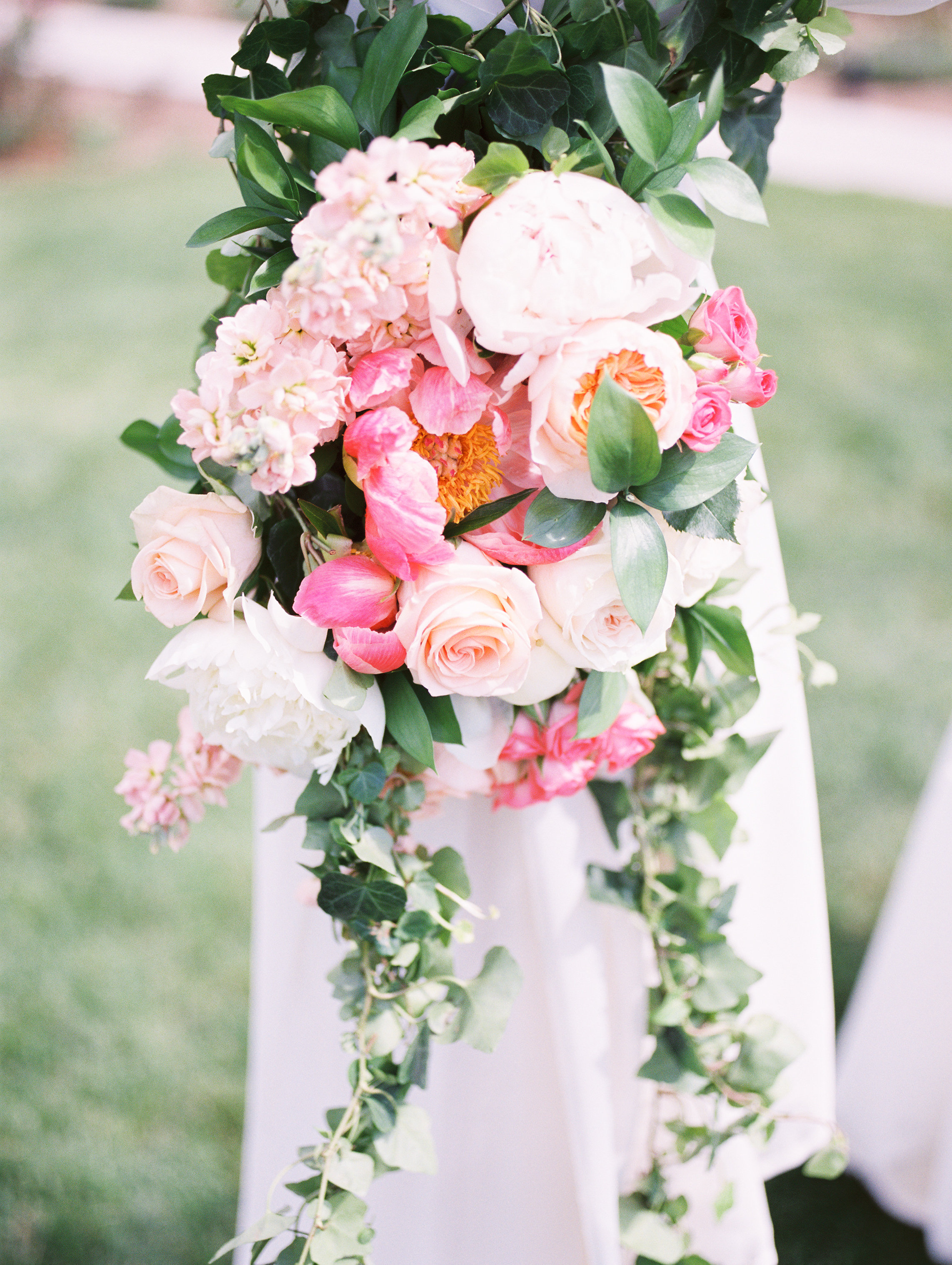 Beautiful-Classic-Mansion-Wedding75.jpg