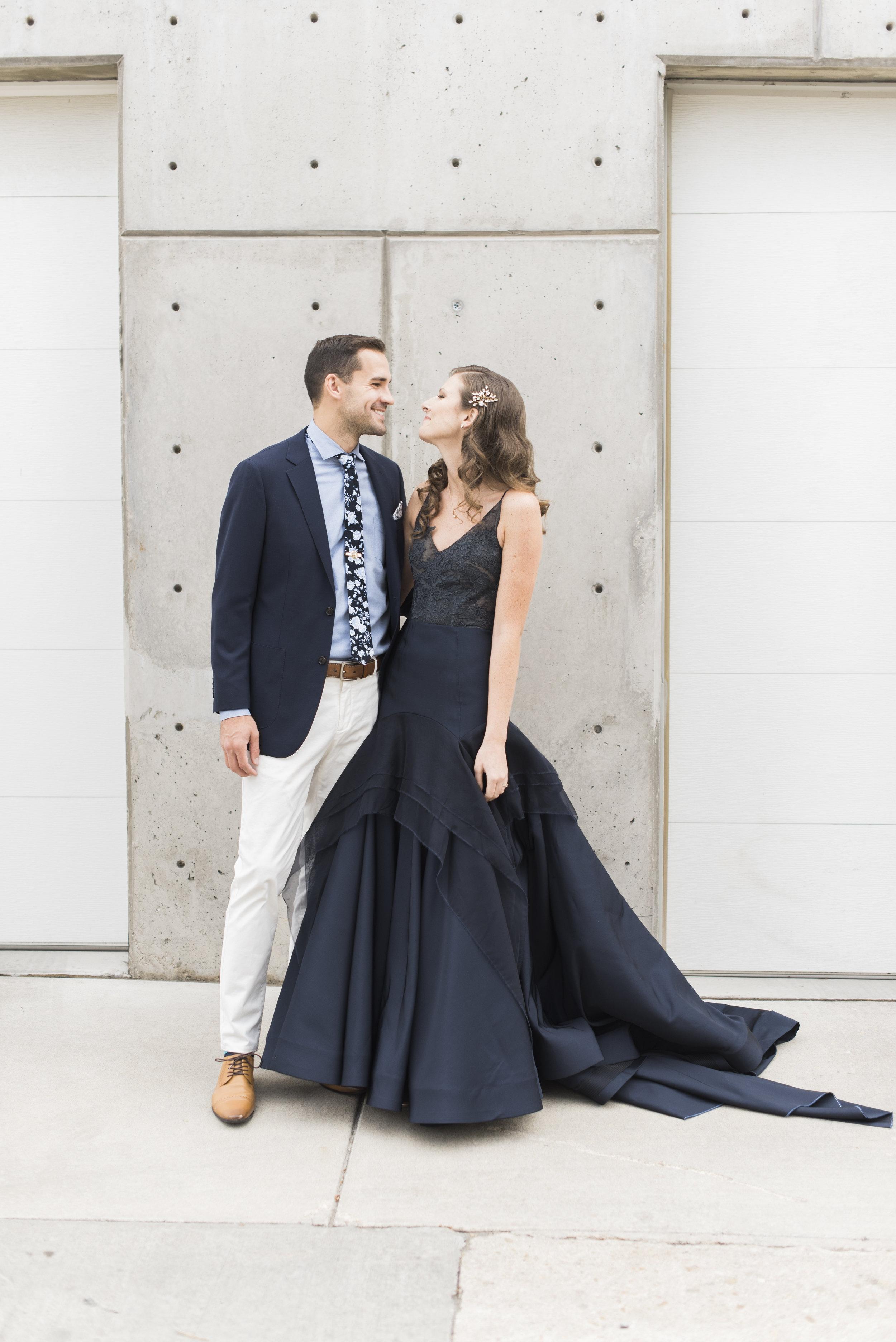 navy-Wedding-Dress-Martha-Stewart11.jpg