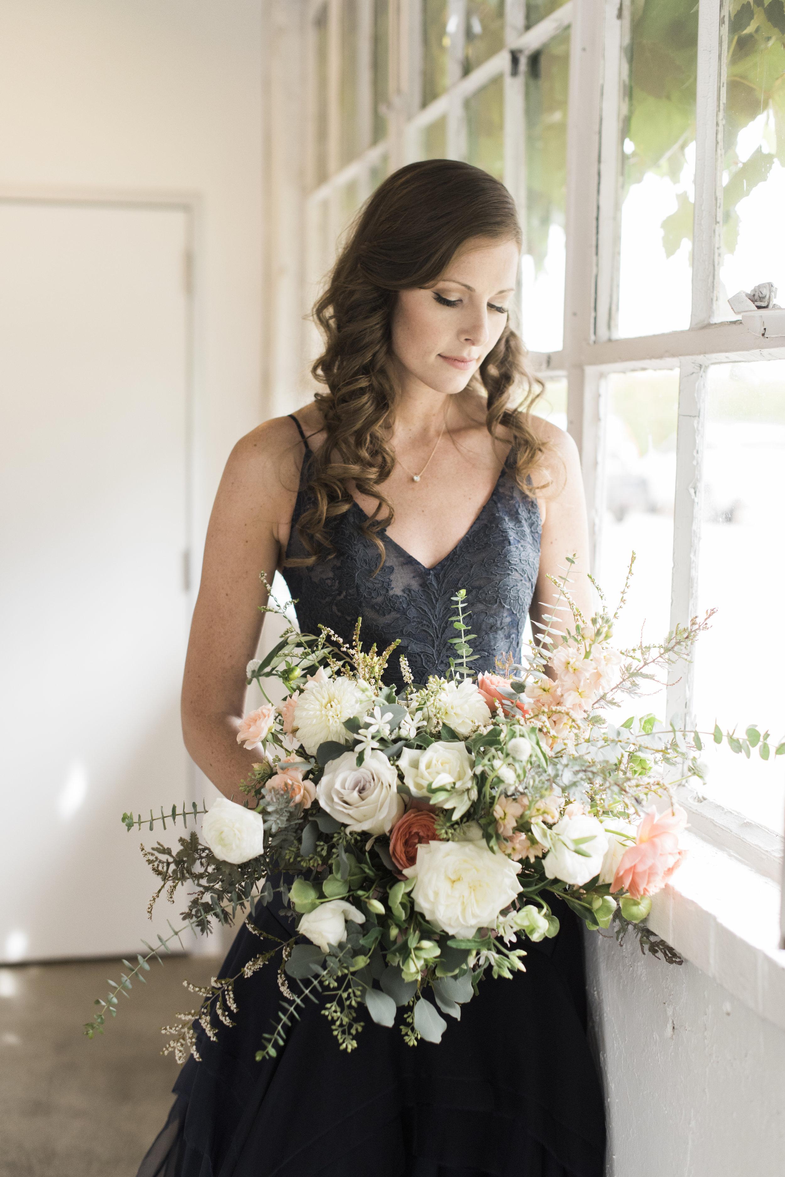 navy-Wedding-Dress-Martha-Stewart25.jpg