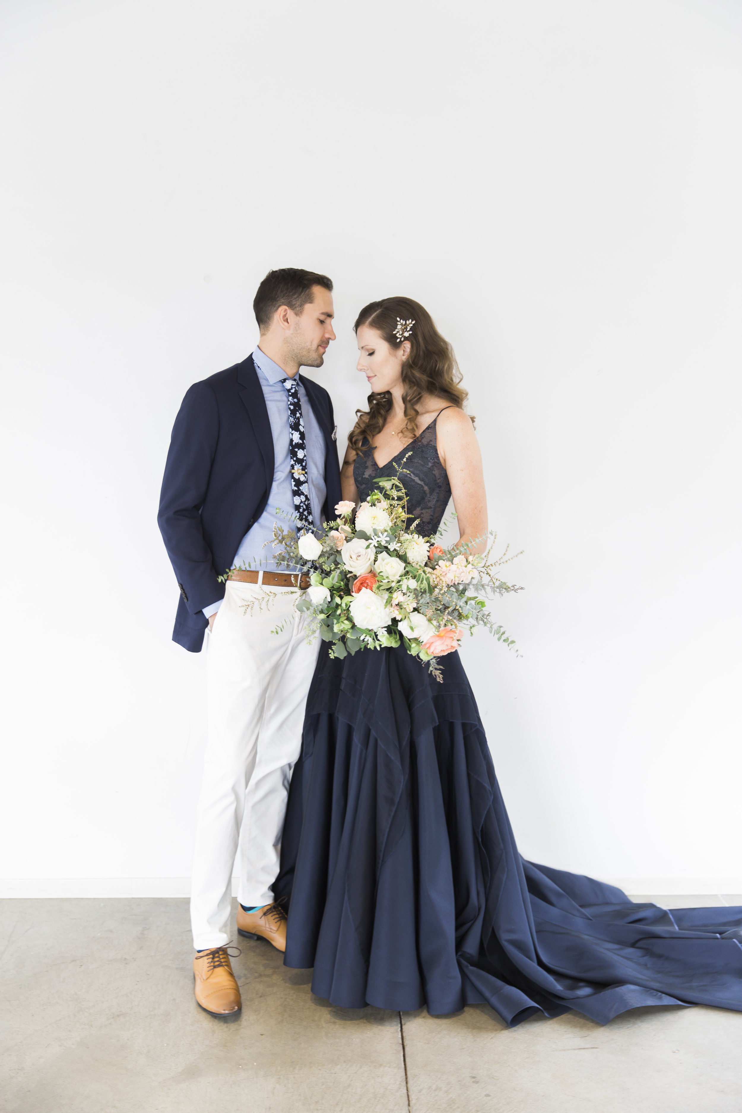 navy-Wedding-Dress-Martha-Stewart29.jpg