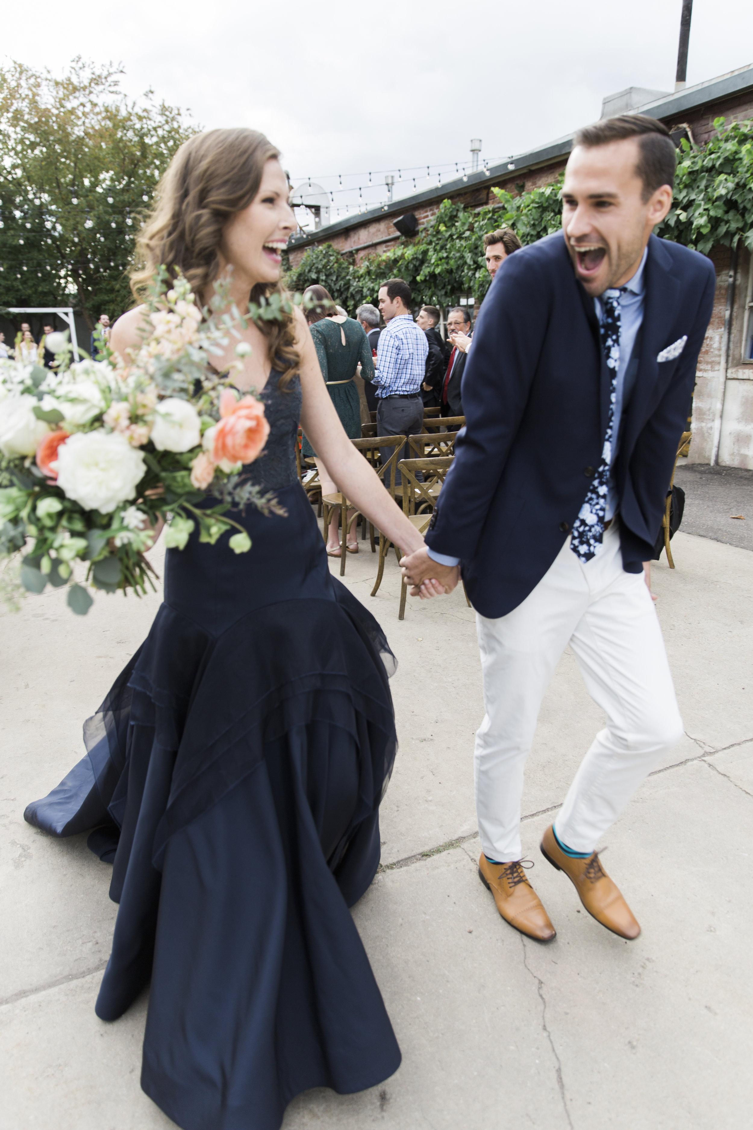 navy-Wedding-Dress-Martha-Stewart103.jpg
