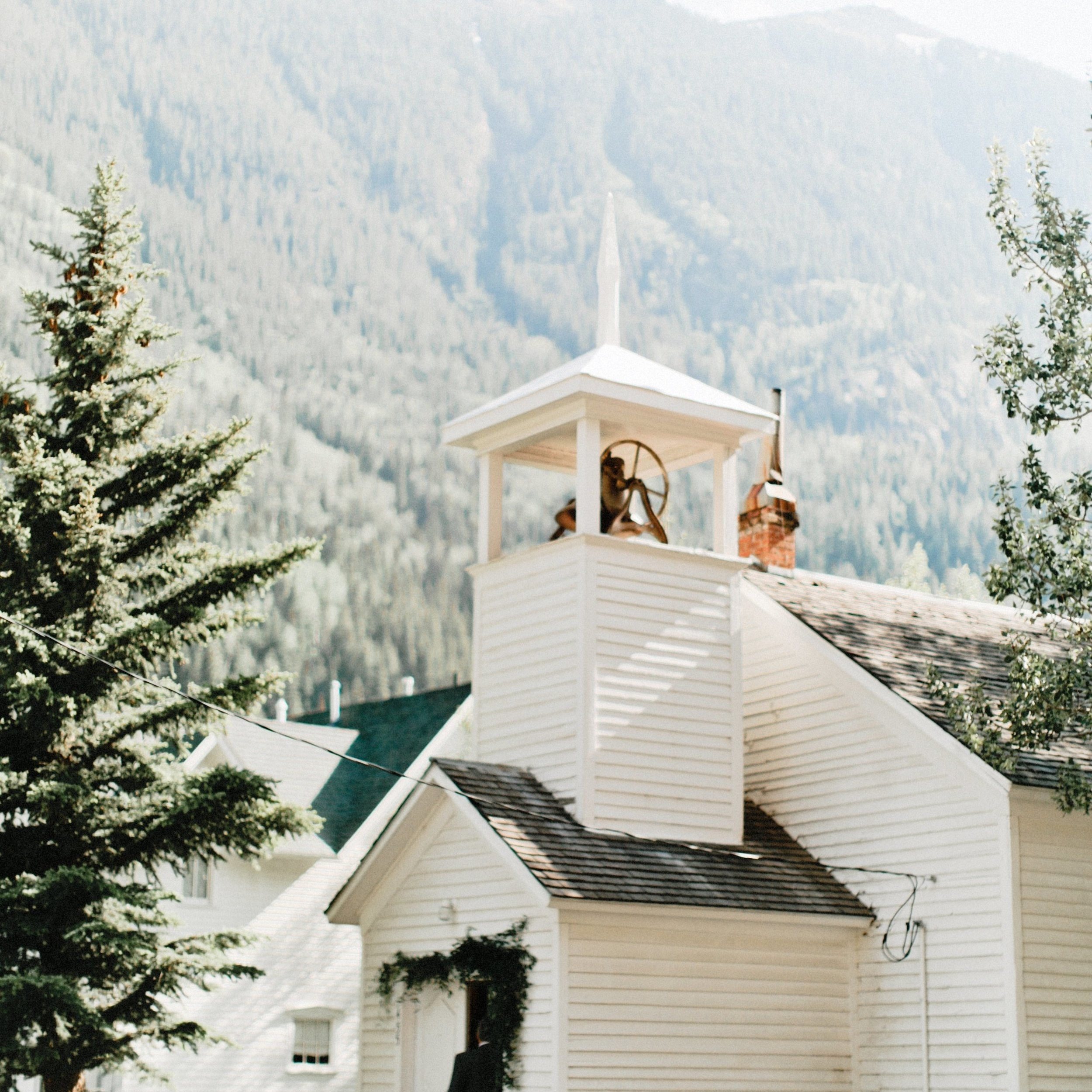 Private-Residence-Mountain-Wedding-Unique-Party-Ideas45.jpg