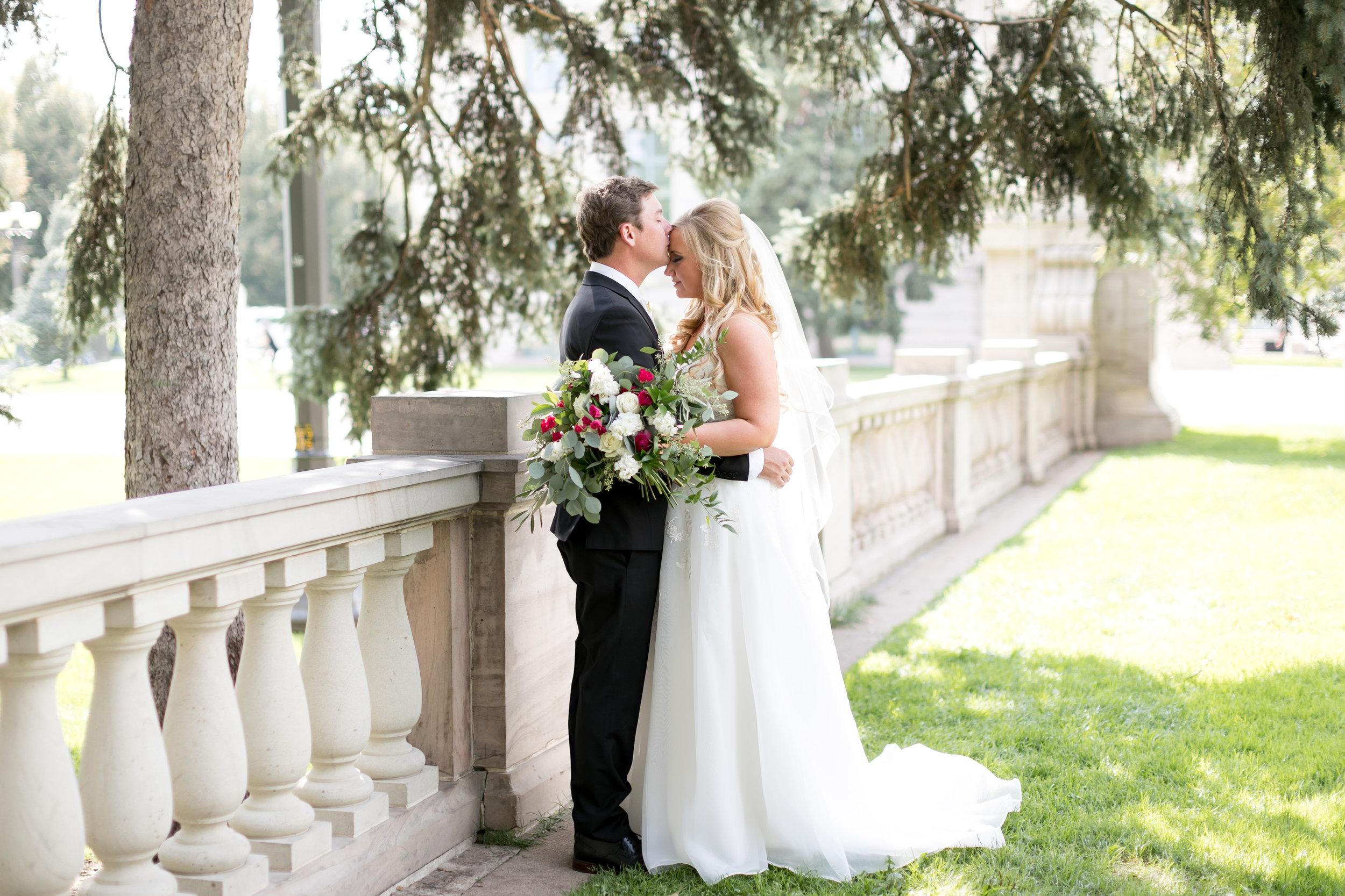 city-chic-downtown-denver-park-wedding23.jpg