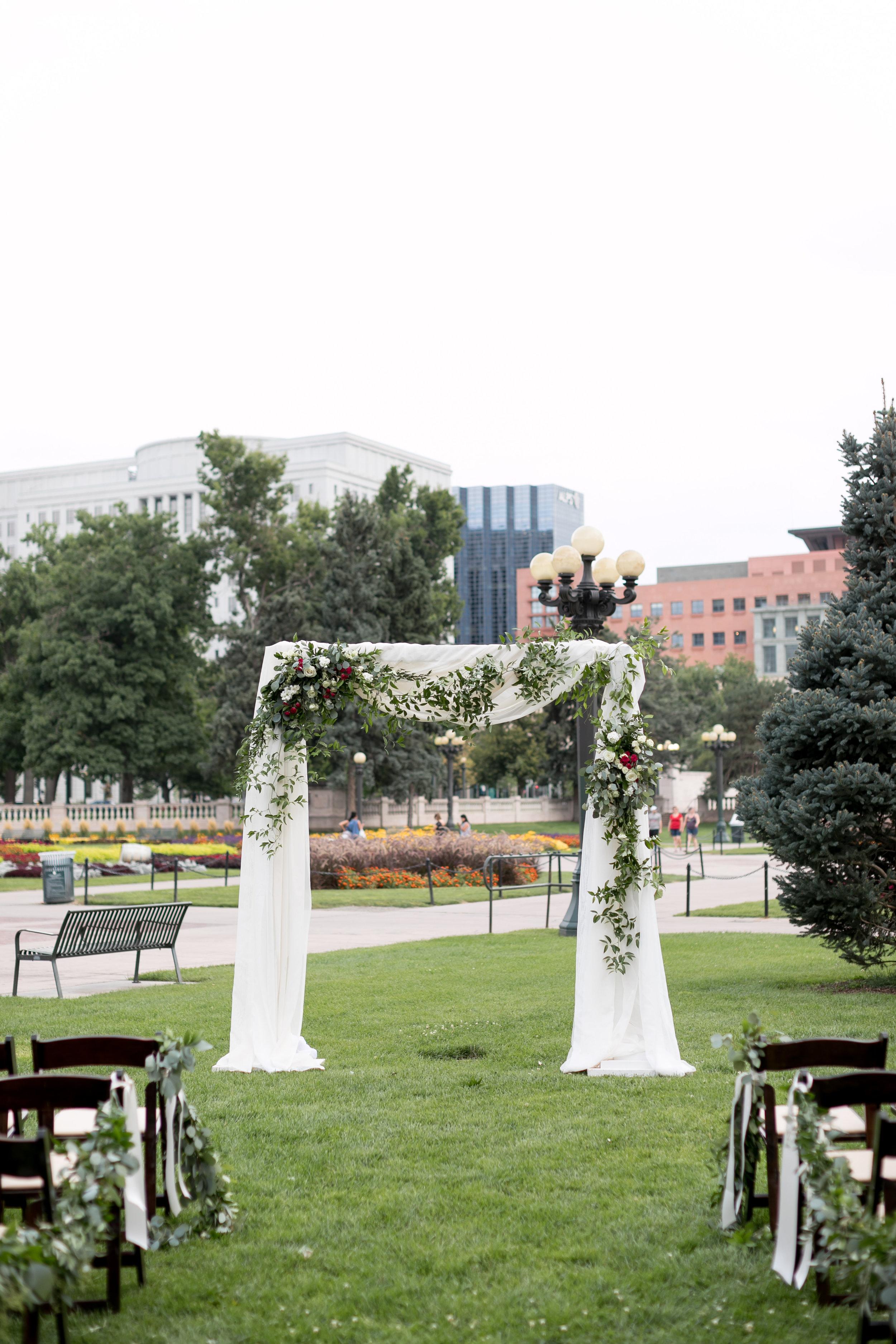 city-chic-downtown-denver-park-wedding52.jpg