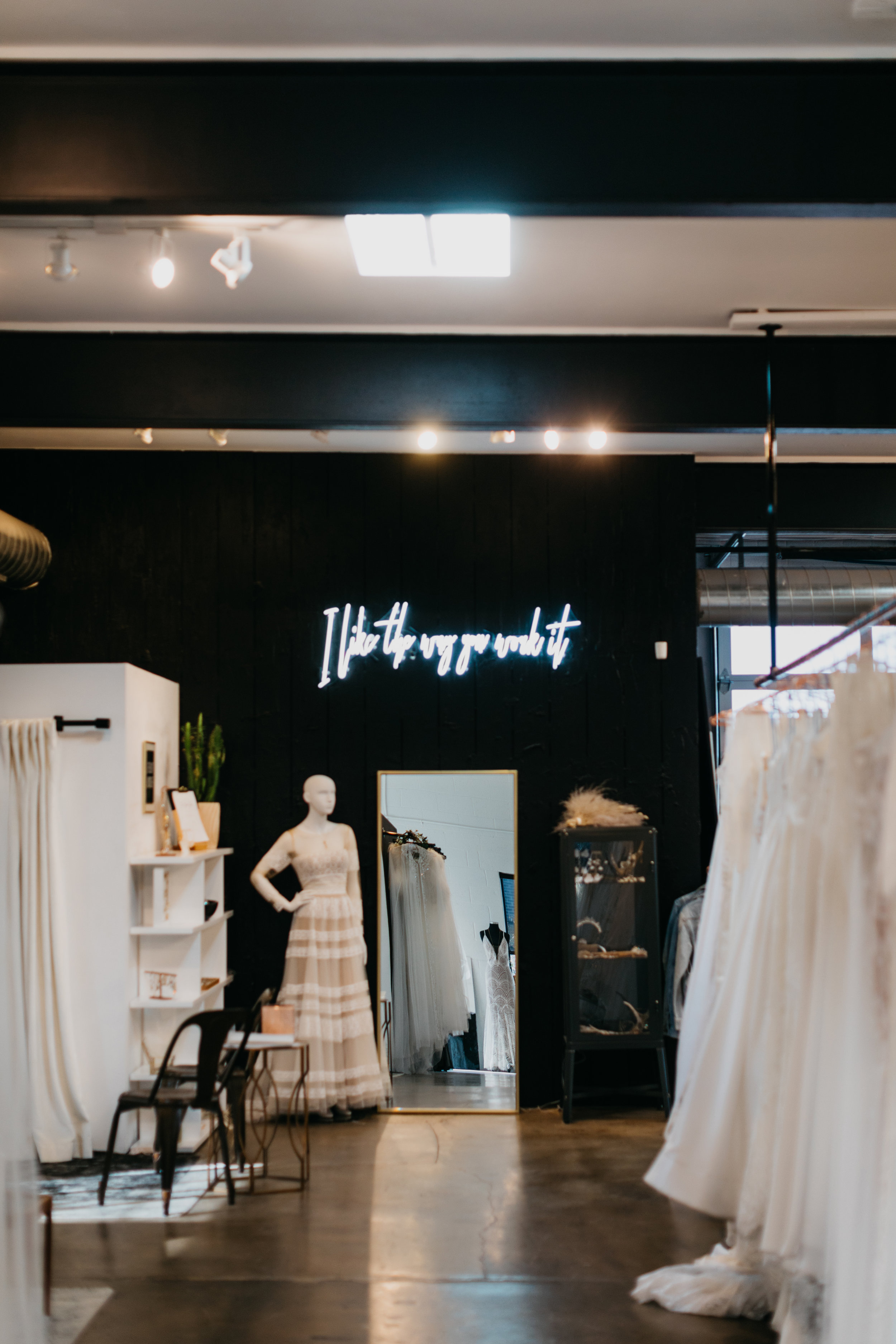 a-and-be-bridal-shop-wedding-dress3.jpg