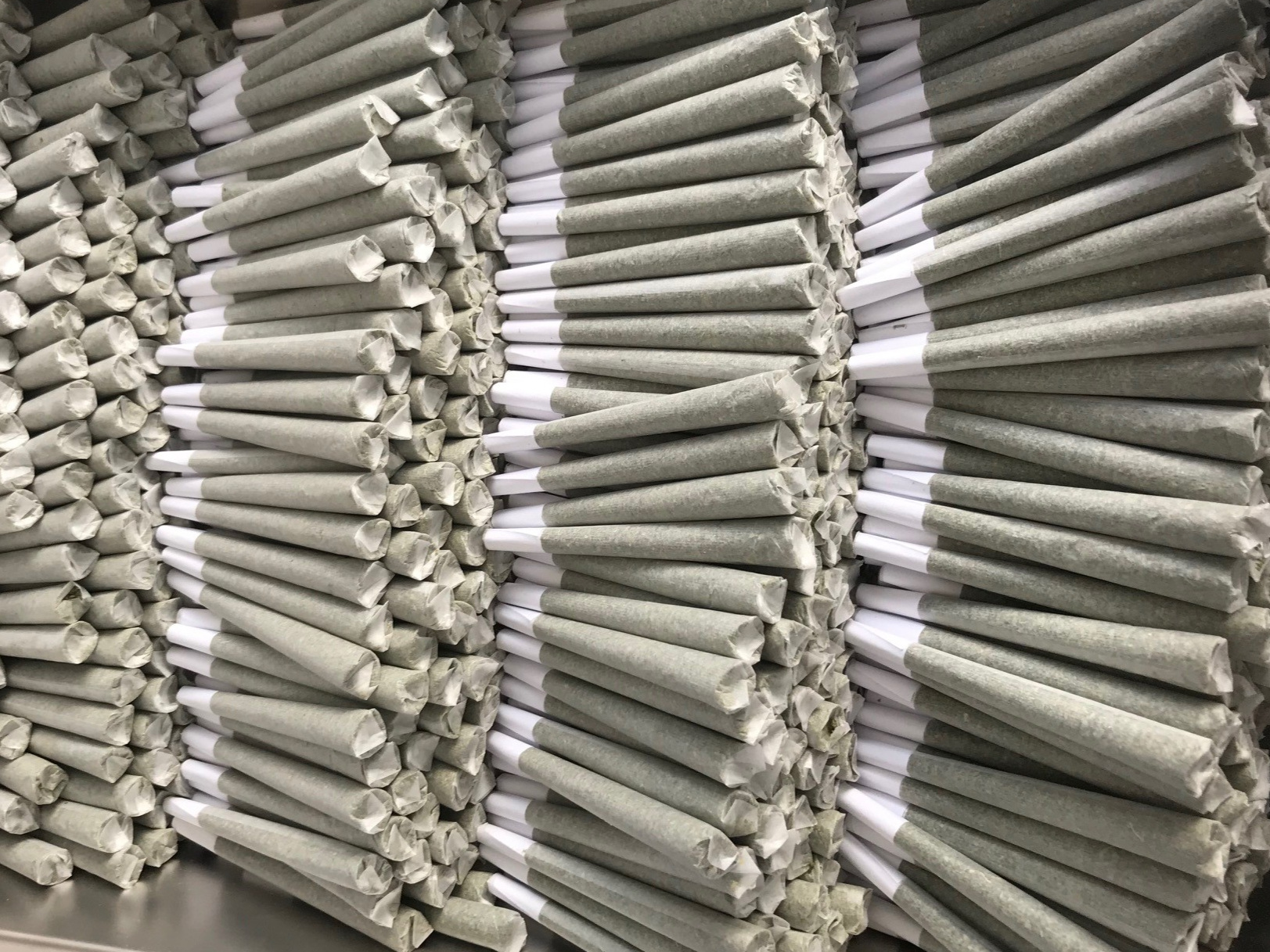 Hemp Pre Rolls - Our Pre Rolls are handcrafted to the highest standards using super thin Futurola® Rolling Papers, with Filter Tips (no logo).Available in King Size (109mm / 1 gram) and Regular Size (84mm / 1/2 gram), white paper cones.