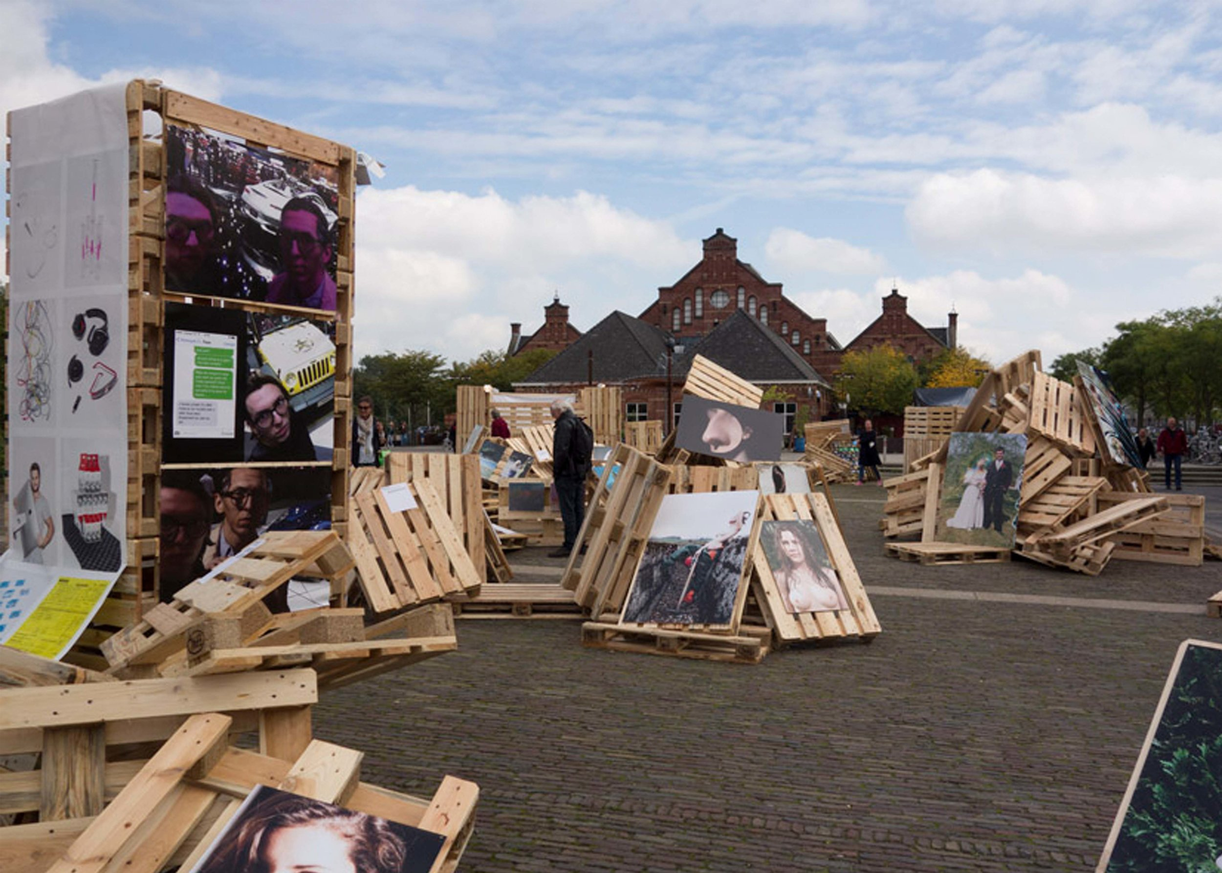 EXHIBITION - « the embarrassment show » with Erik Kessel, Unseen, Amsterdam, 2015