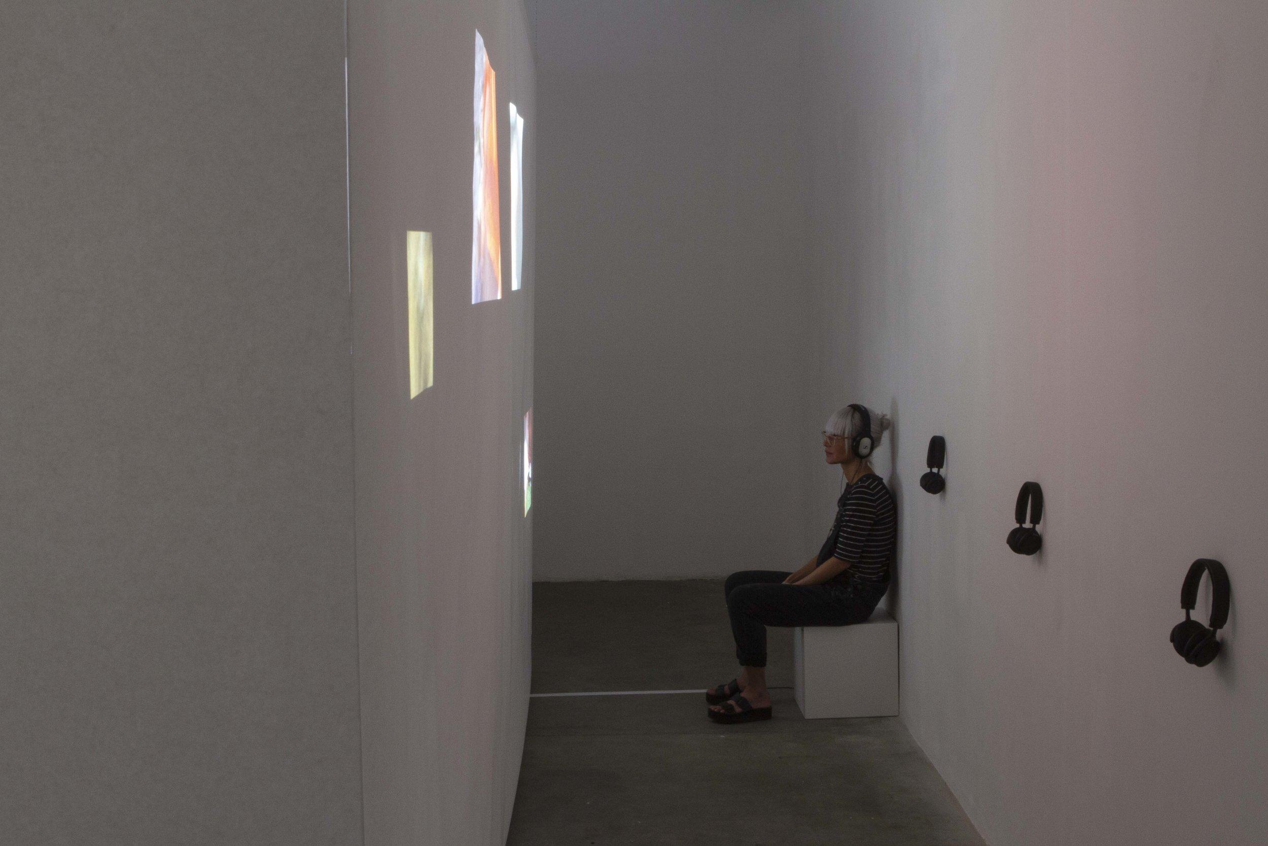 exhibition - a video installation named objet regard, Ateliers de Bellevaux, Lausanne, 2019