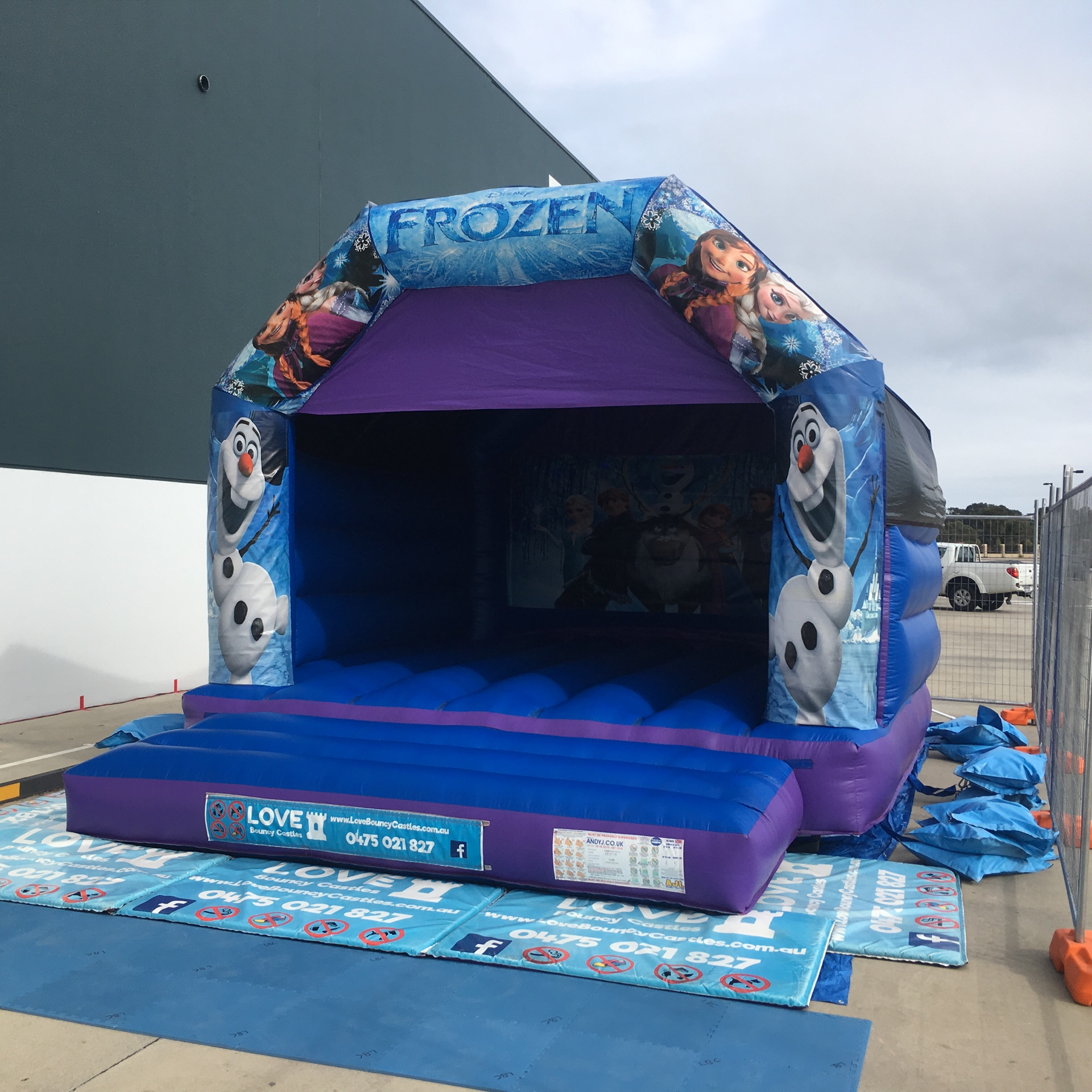 Bouncy Castles Can Go On Concrete, Baldivis, Rockingham, Mandurah areas