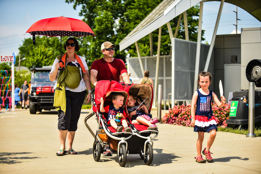 Families flock to Abbey Road on the River finale - May 27, 2019 - News & Tribune