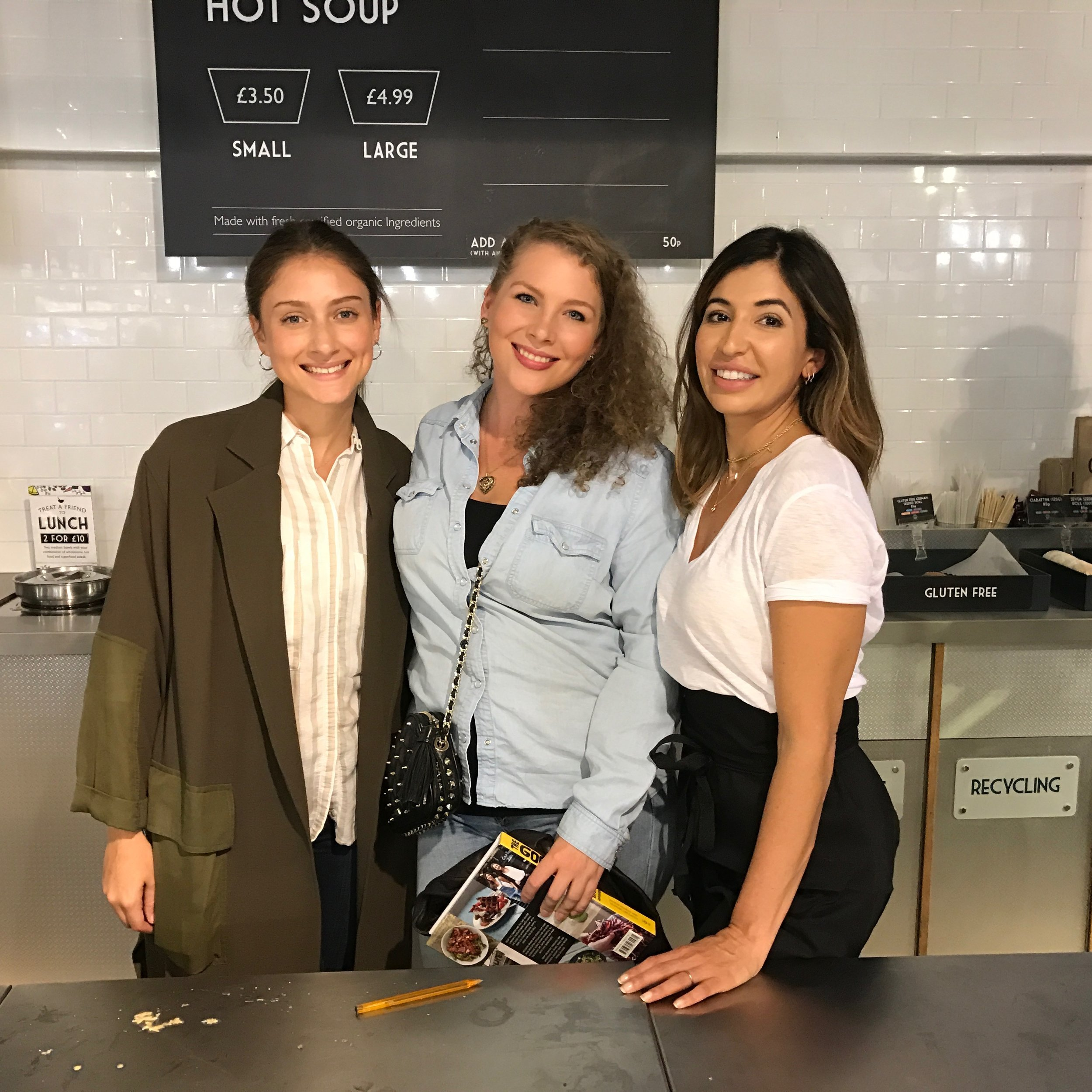 I moved to London to found Caulizza and start learning about the food industry. - From ambitions of starting London's first cauliflower pizzeria, I was quickly advised to start production of the bases instead. Pic from inspirational evening spent with the founders of The Good Life Eatery, Yasmine Larizadeh and Shirin Kouros.