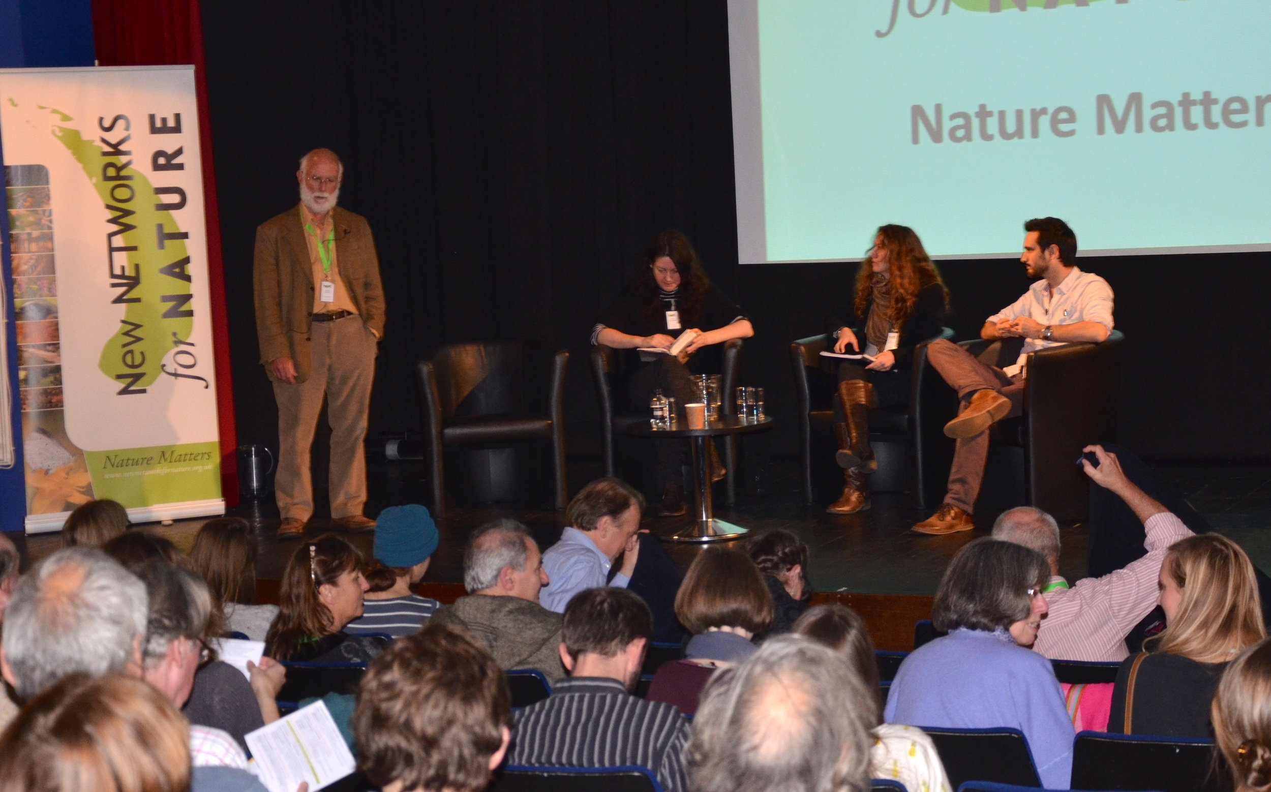Jeremy Mynott introduces Helen Macdonald, Michelle Remblance and Michael Warren © Carry Akroyd
