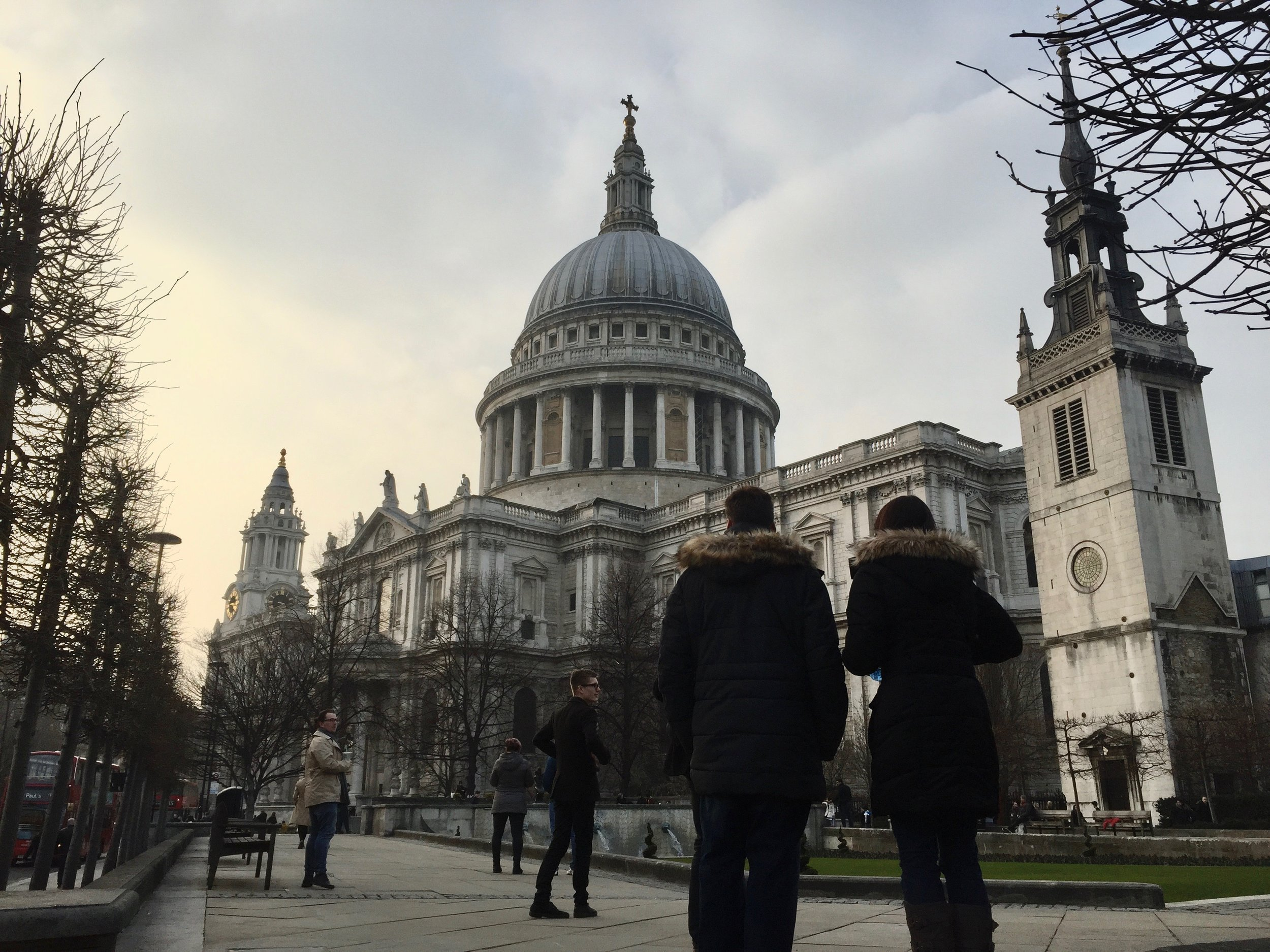 Saint Paul's Cathedral    photo by L.D. Van Cleave