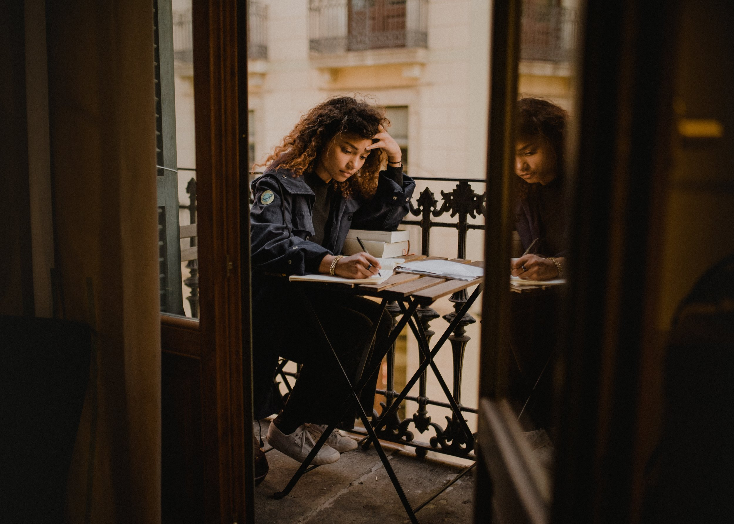 Studying Foreign Languages | Wrapping Your Tongue around Any Language in Six Months? The Lonsdale Method  | Observations from a Broad | copyright 2019 OFAB  (photo: Kinga Cichewicz)