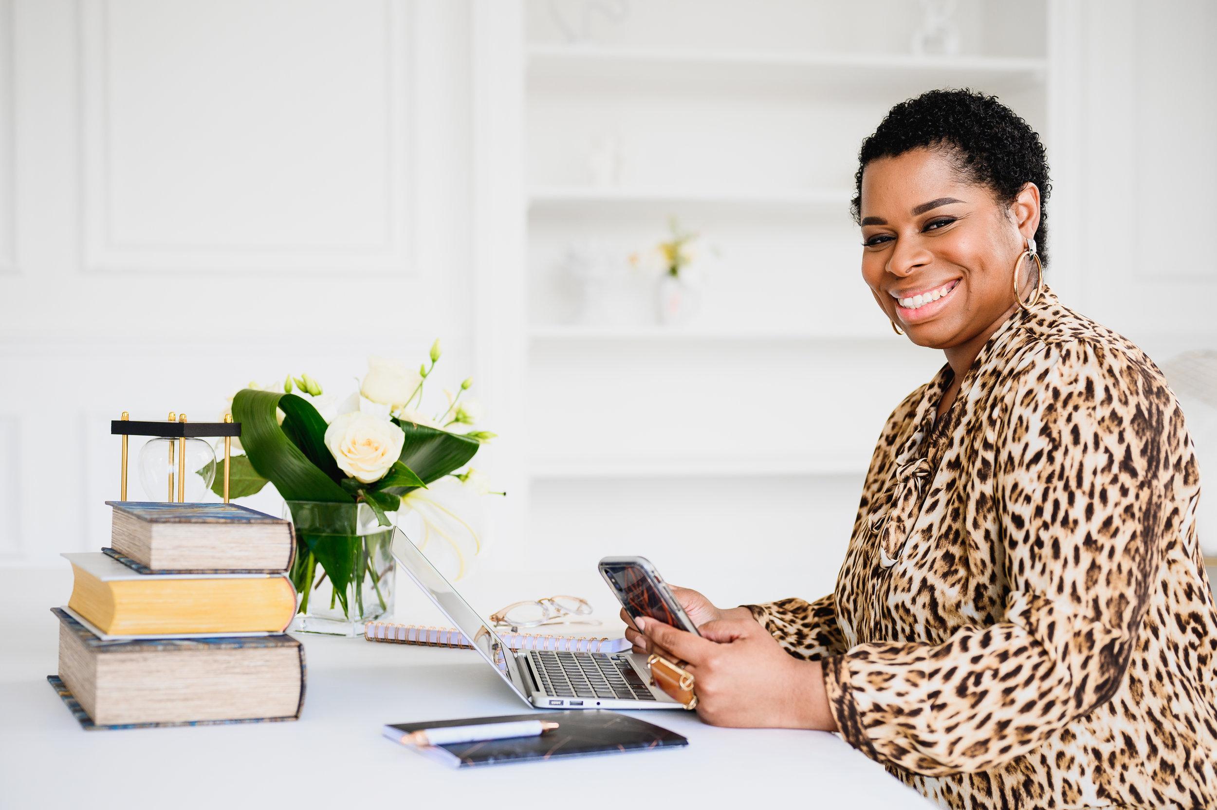 Andrea Henry Business LAW - PRINT - 2019 - Branding Photography - Mike Black PhotoWorks dot com-3.jpg
