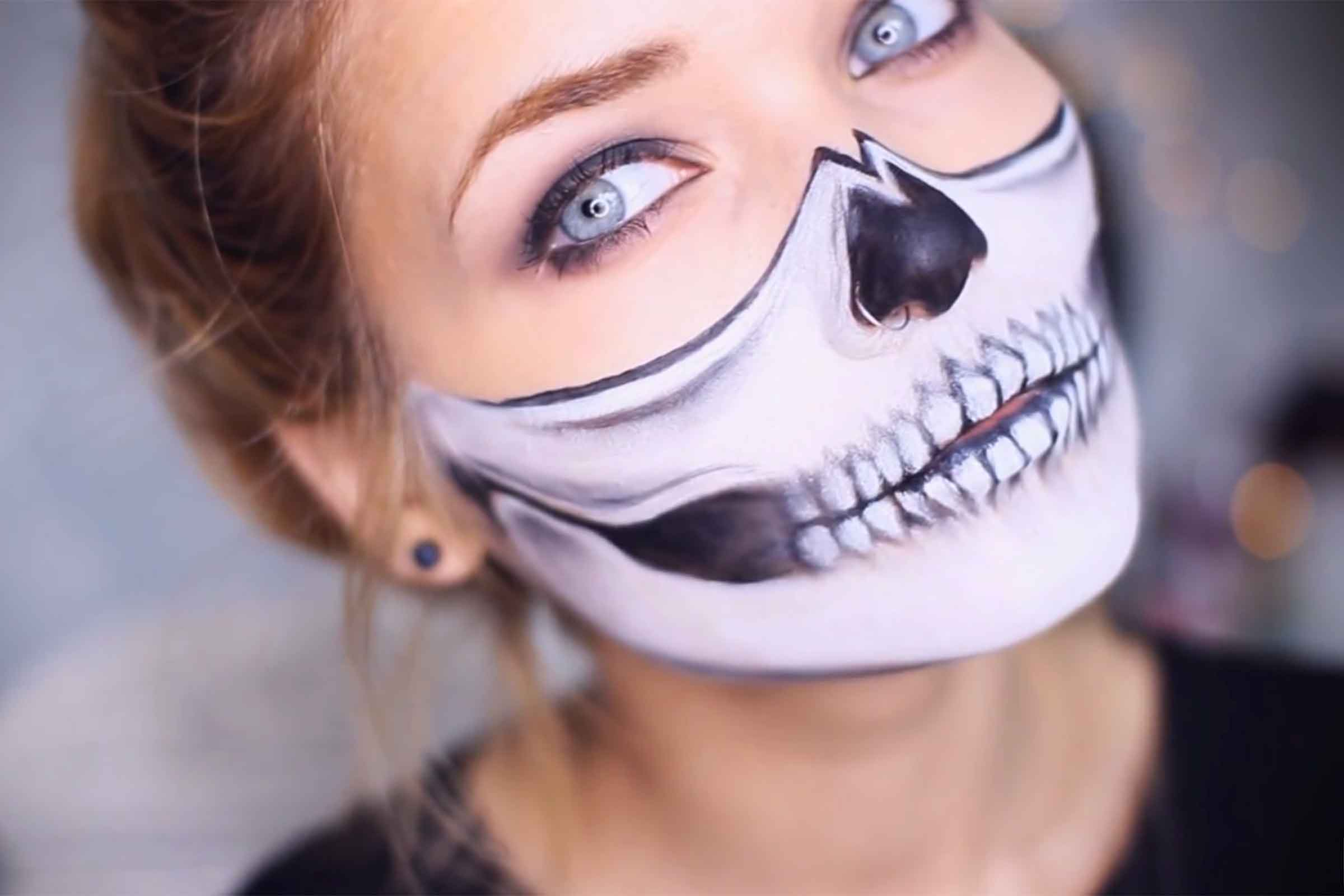 03-halloween-makeup-skull.jpg