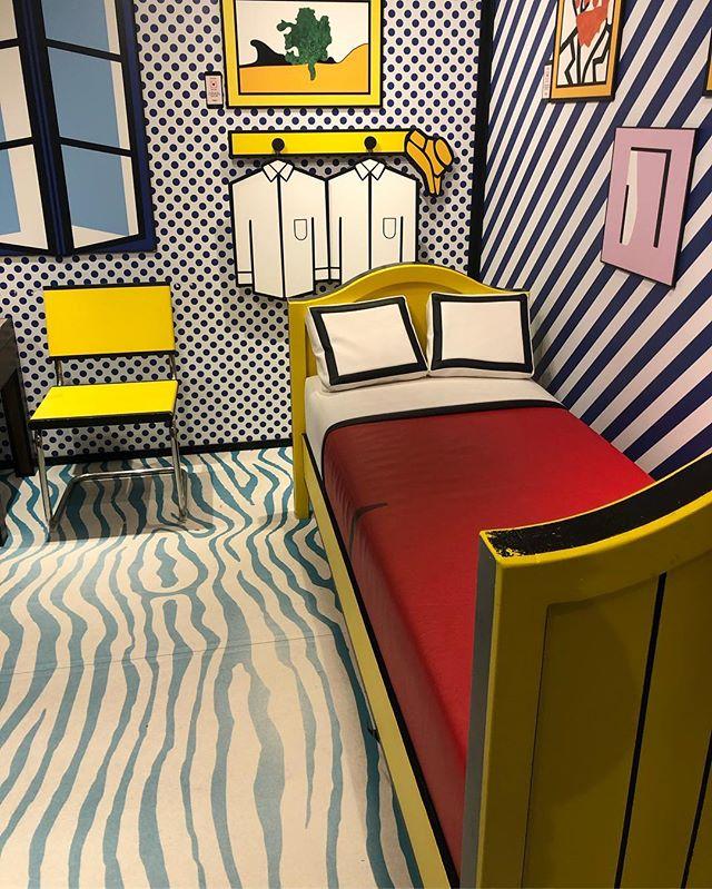 Inspo for today #3D #installation #room @roylichtenstein @mocomuseum #amsterdam #museum #art #interior #interiordesign #inspiration #architecture #colourful #pattern #mix #love
