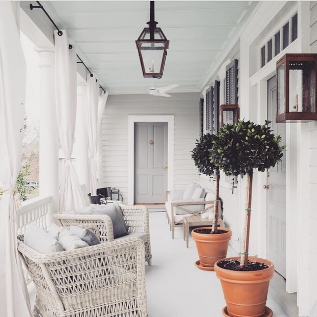 front-porch-decorating-ideas-because-it-s-almost-summer-front-porch-decorating-ideas-58e7b57f93d2f07481cd9045-w620_h800.jpg