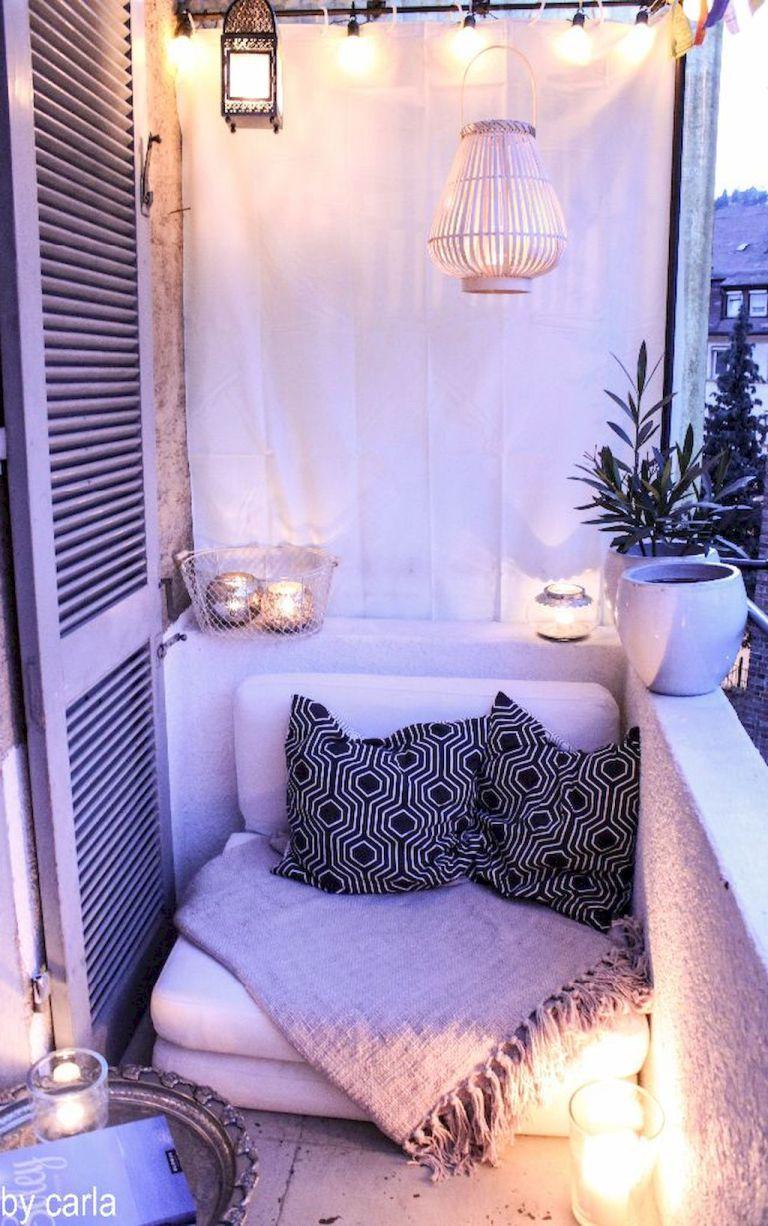 Cozy-Small-Balcony-Makeover-Ideas-25.jpg