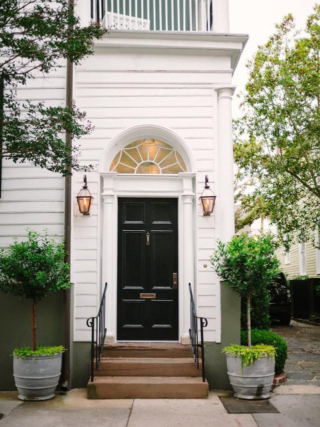 charleston-front-doorways-06.jpg