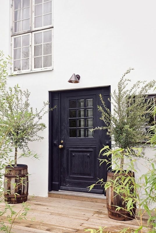 blackfrontdoor.jpg