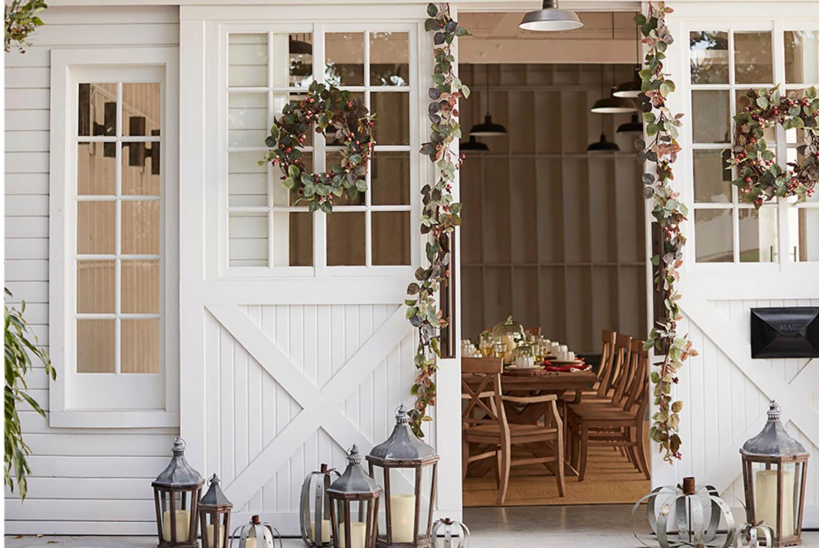 Decorating-Fall-Porch.jpg
